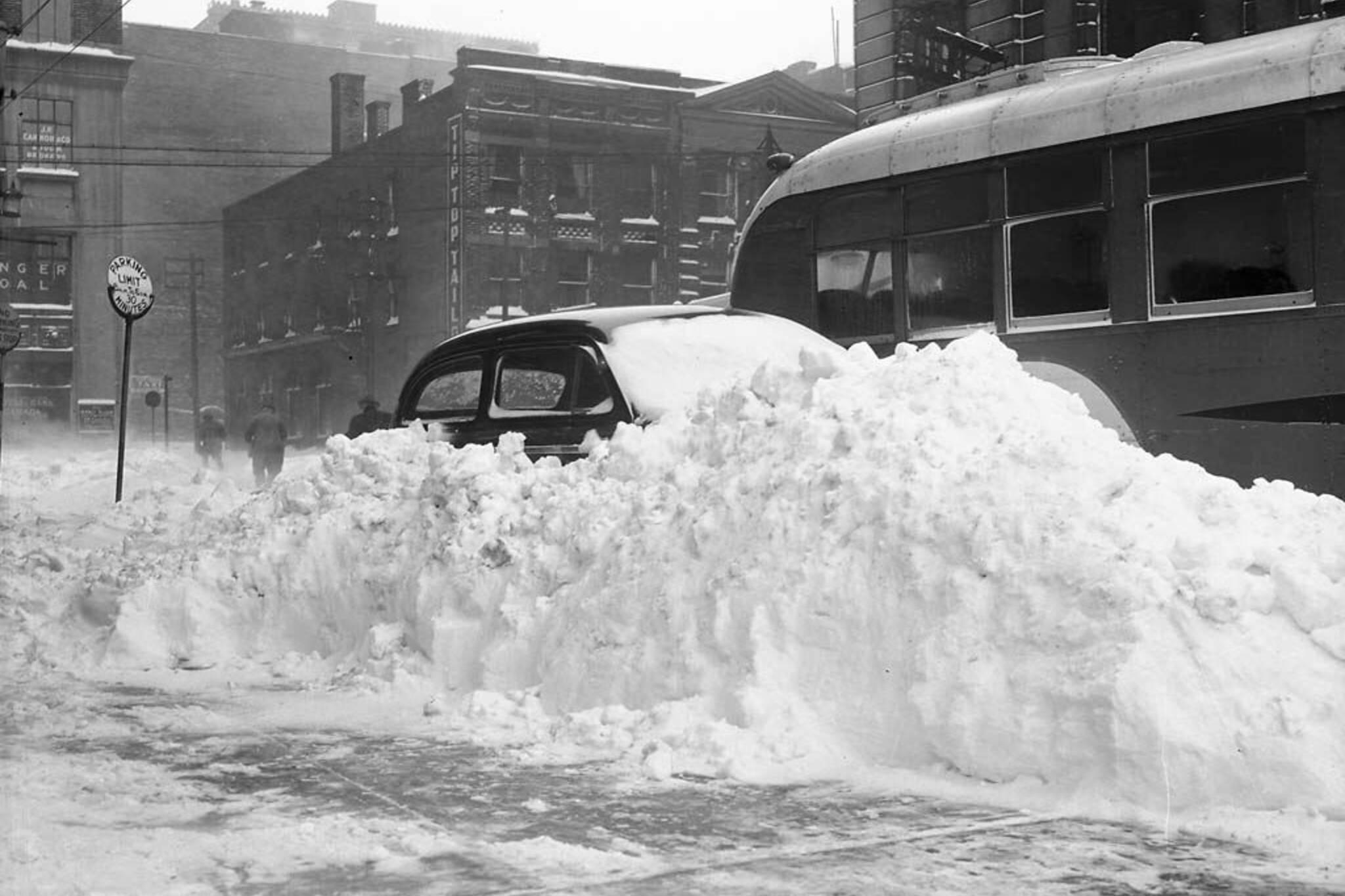 toronto snowstorm 1944
