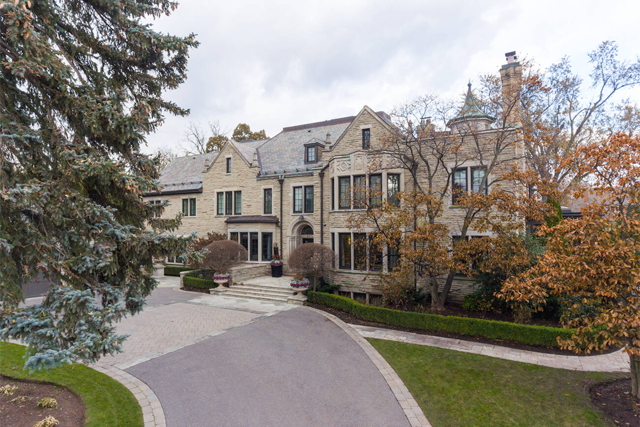 For All The Attention That Bridle Path Gets Its Opulent Homes Land Values In Forest Hill Make Equally Eye Popping Prices On Typically