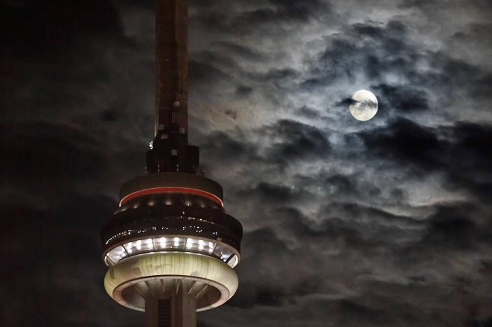 supermoon Toronto