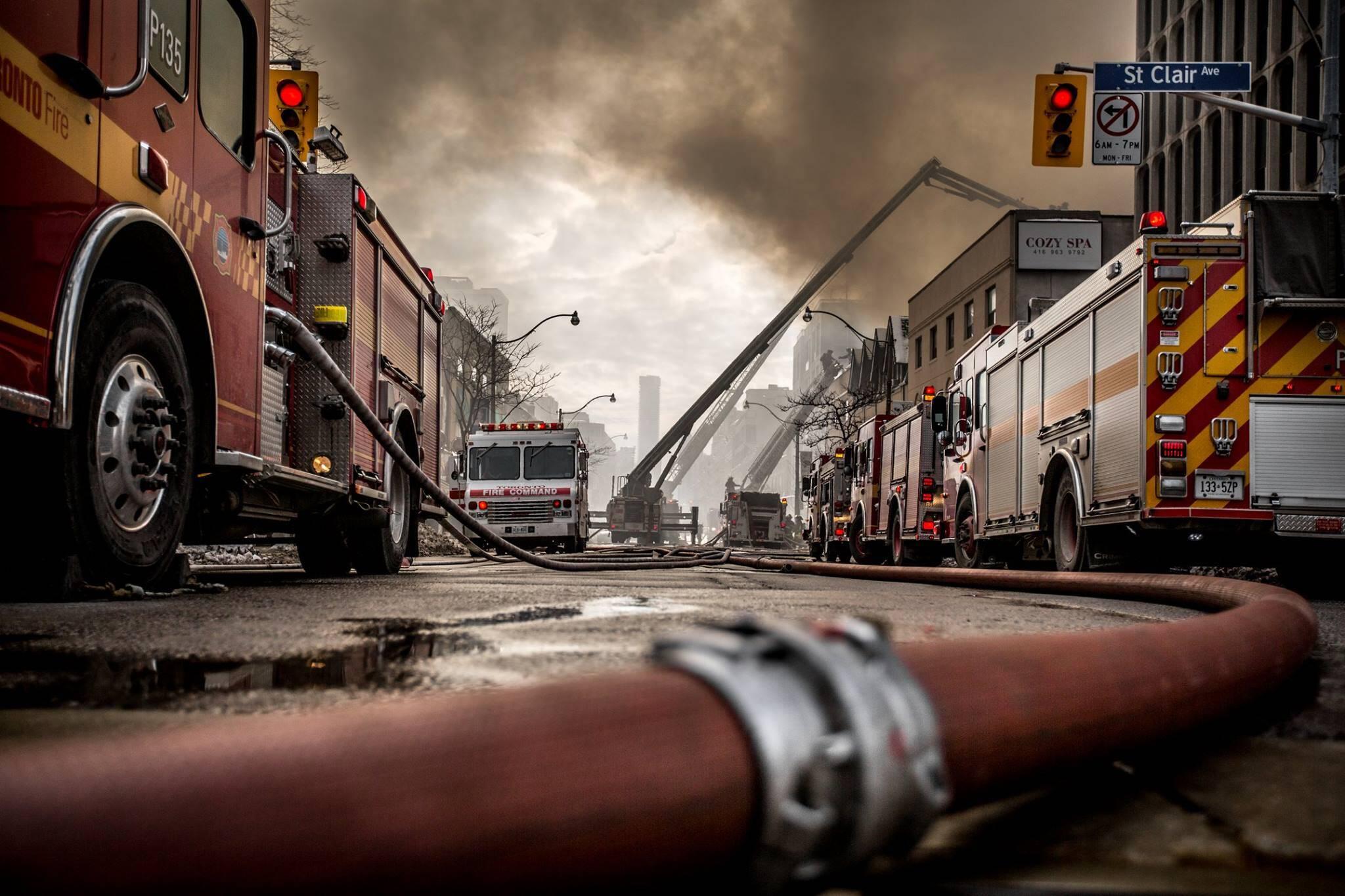 toronto fire photos