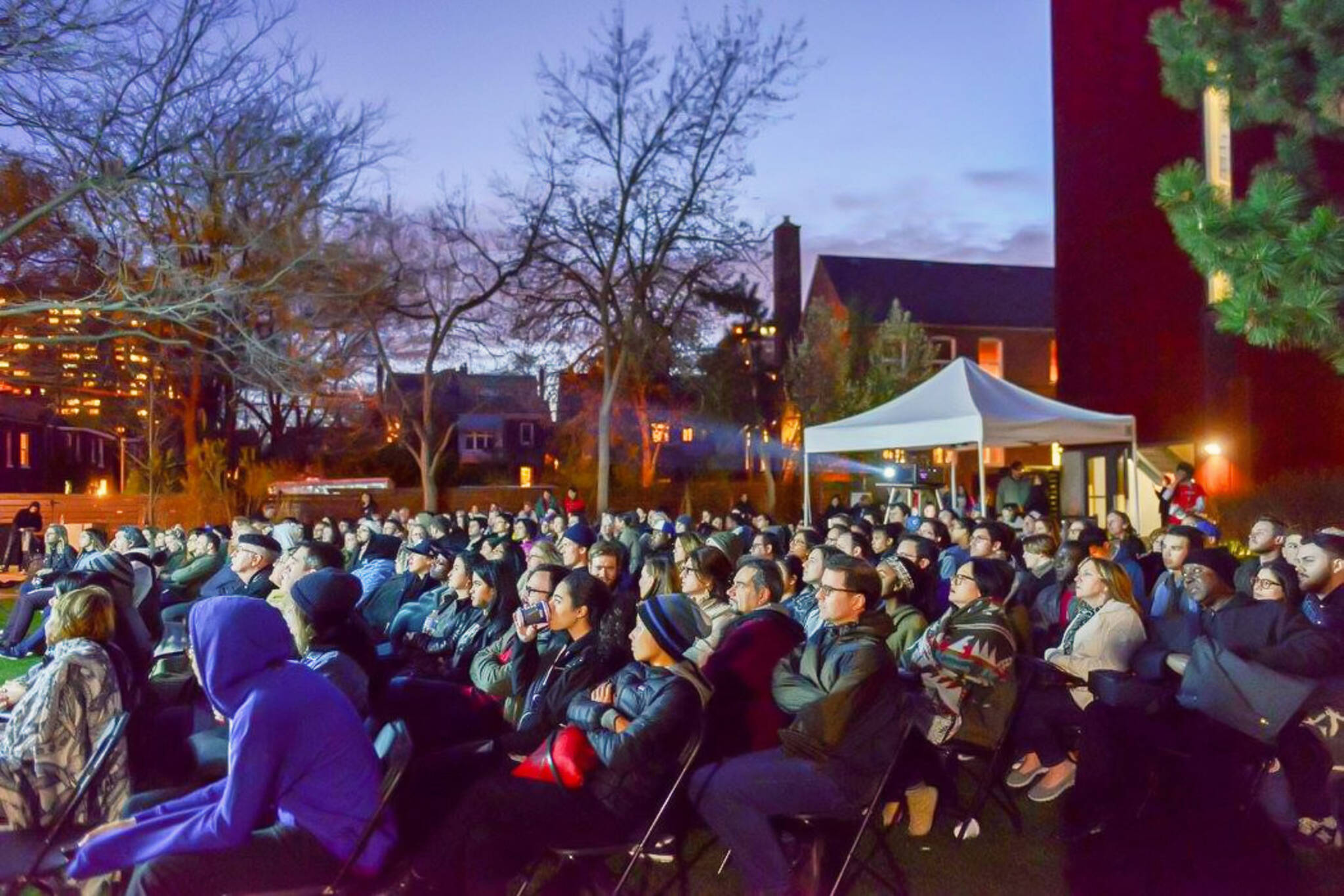 outdoor film screening toronto