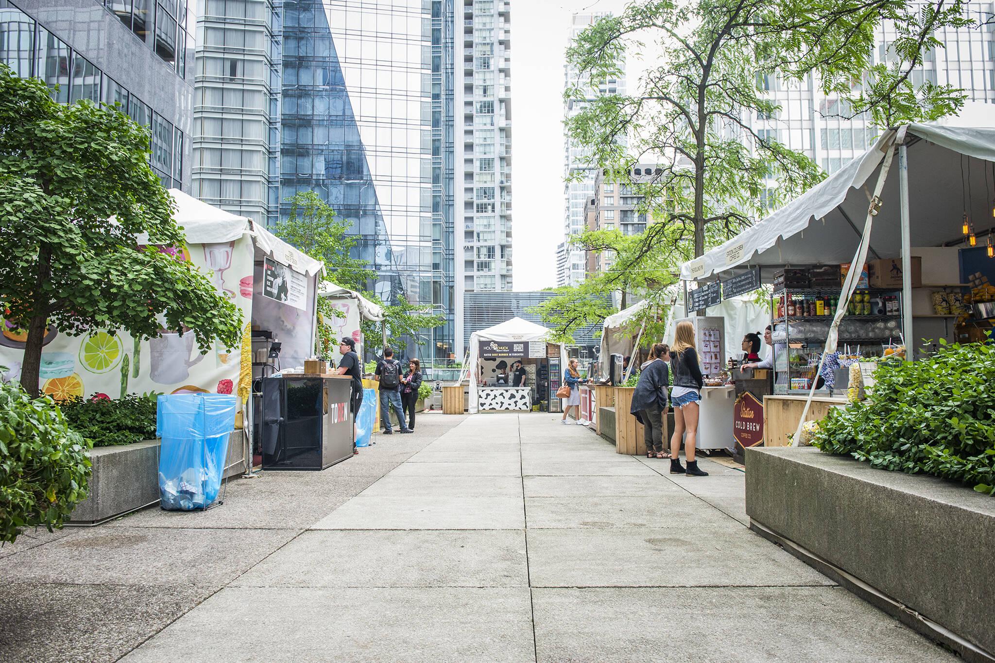 Adelaide eats outdoor summer food market returns to toronto for Outdoor food market