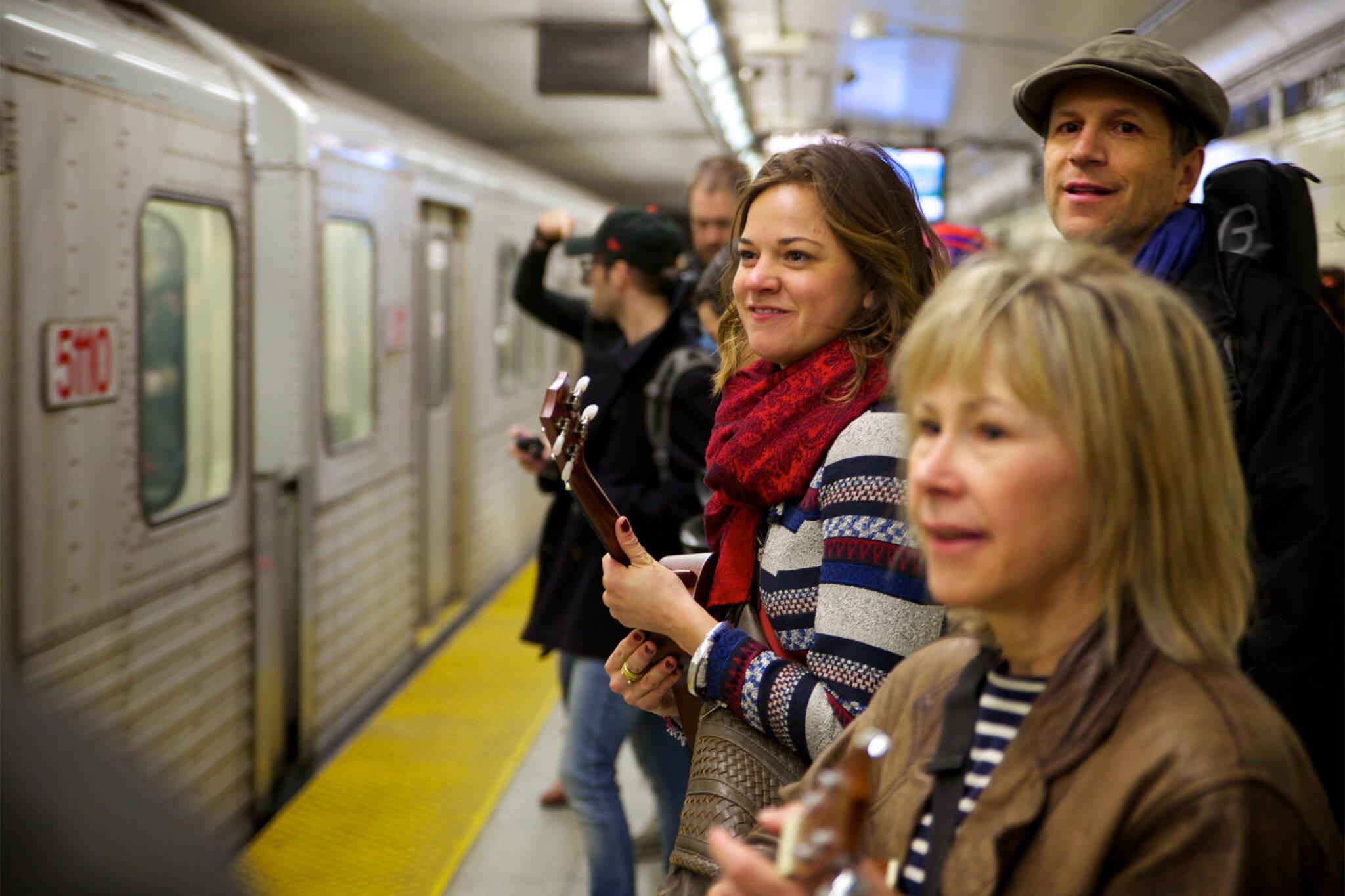ttc subway etiquette