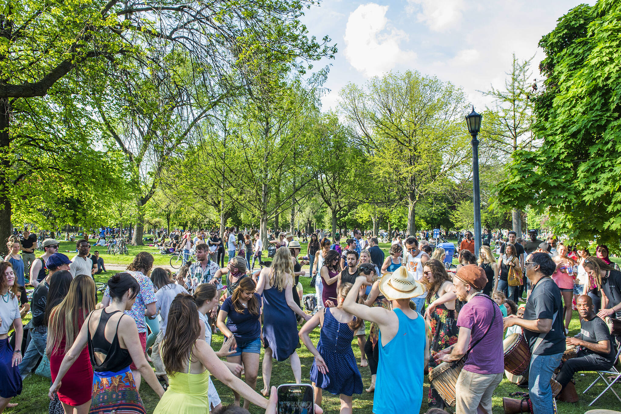 victoria day weekend events toronto