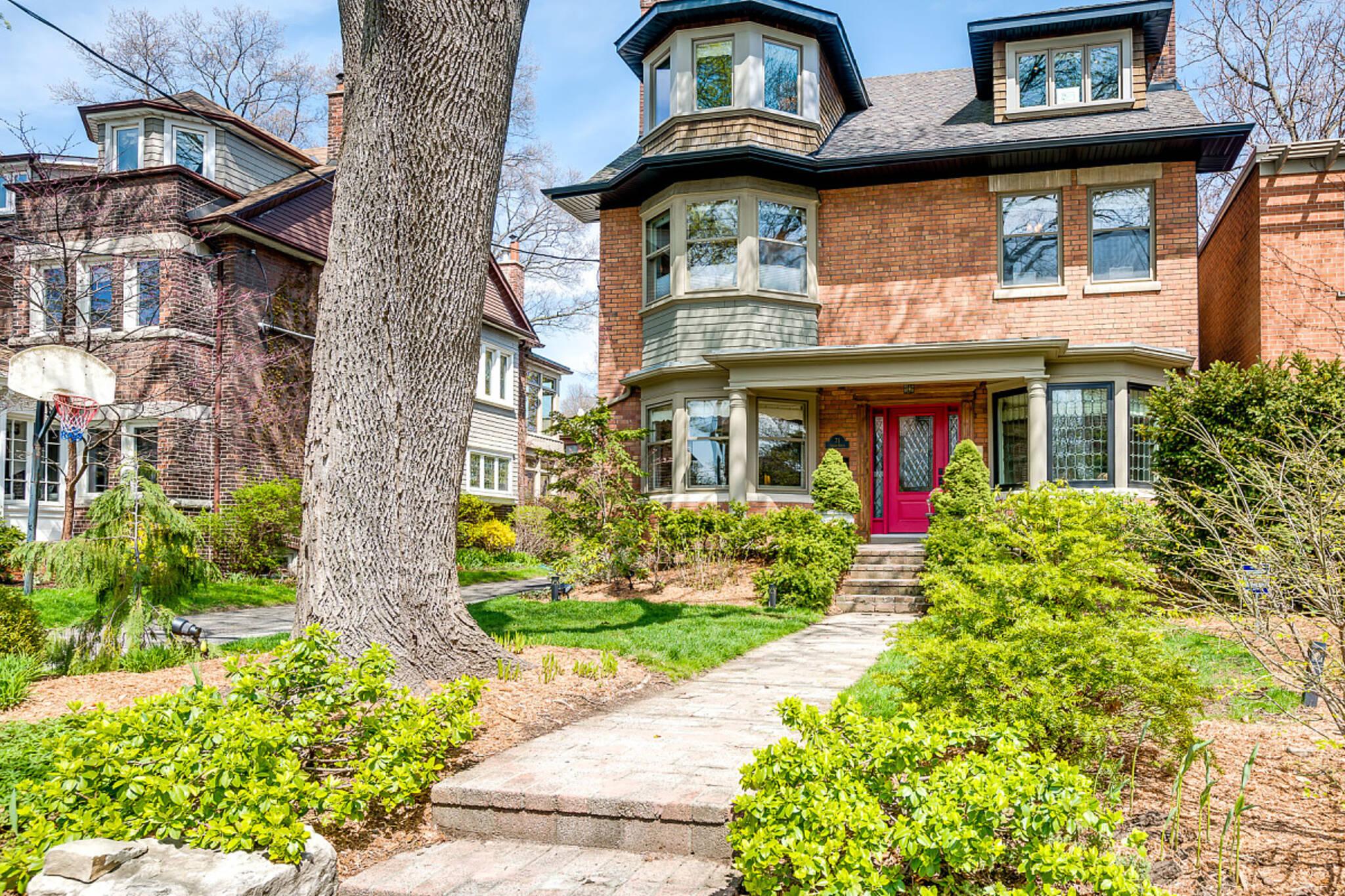 71 Indian Grove Toronto