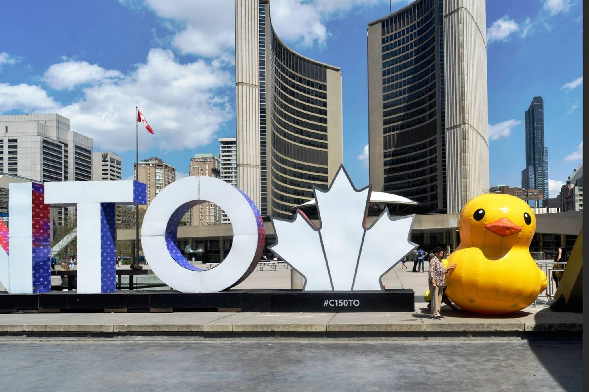 People Are Upset About 200k Cost Of Giant Rubber Duck