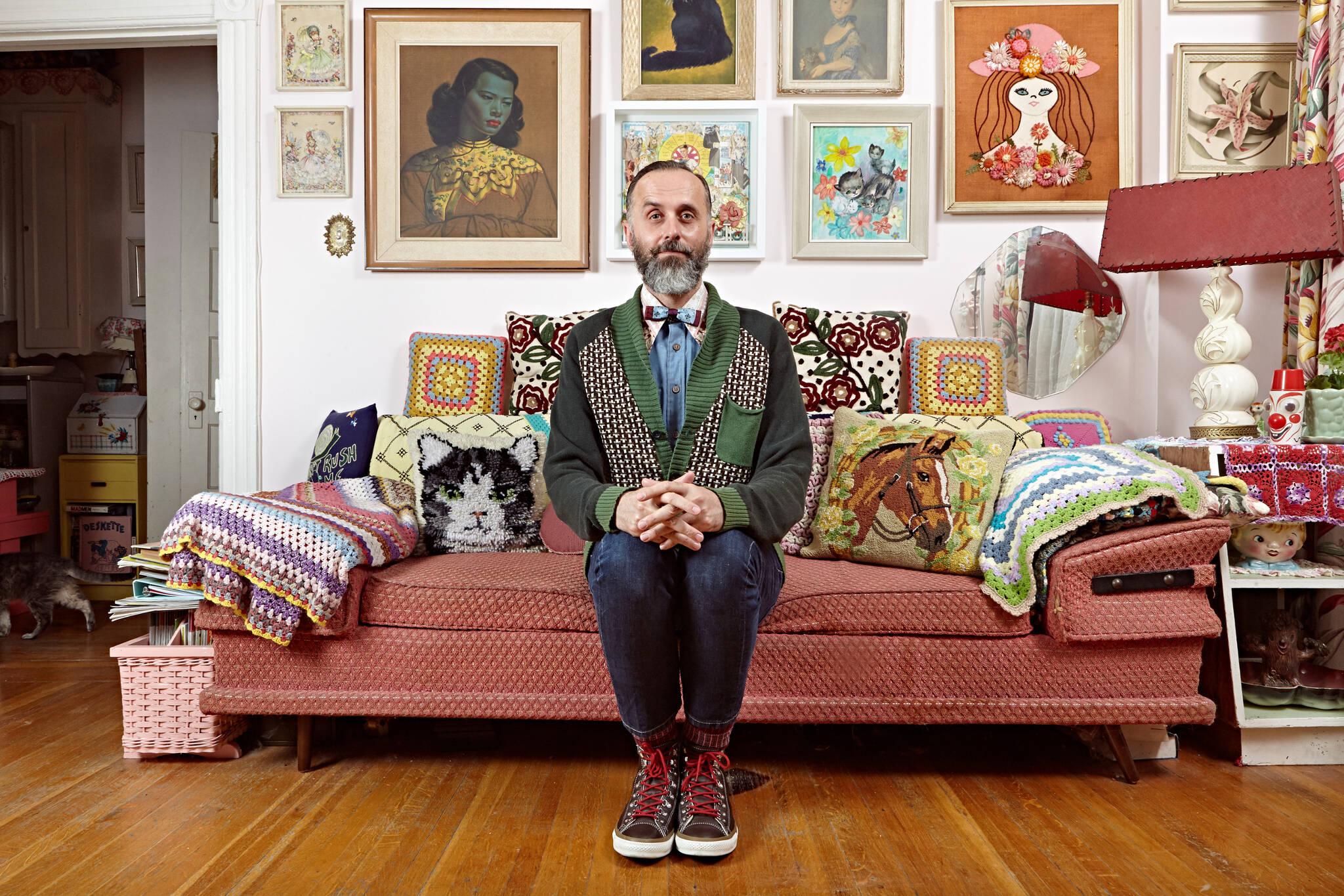 couch photos toronto