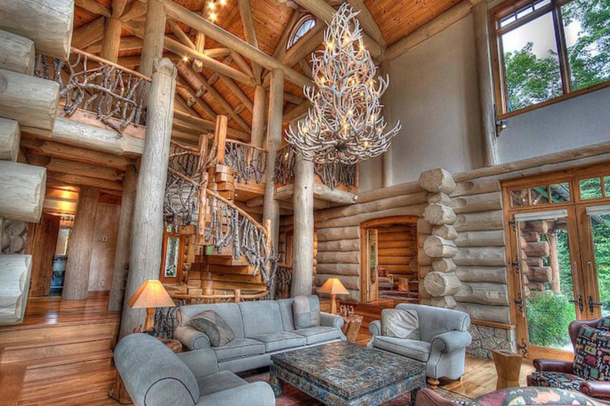 What A 10 Million Log Cabin In Muskoka Looks Like