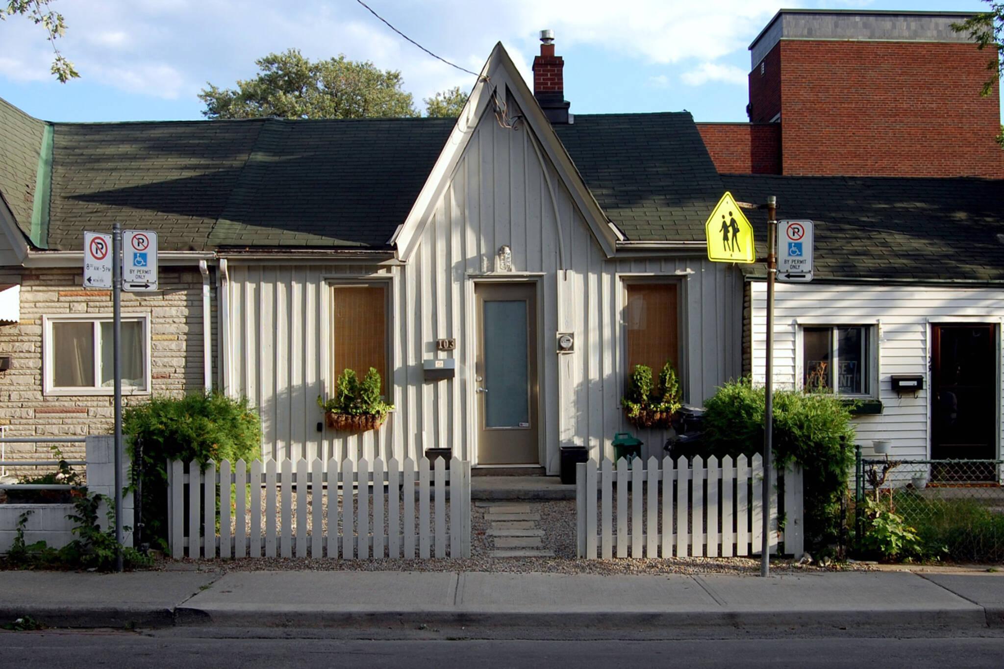 toronto cottage architecture