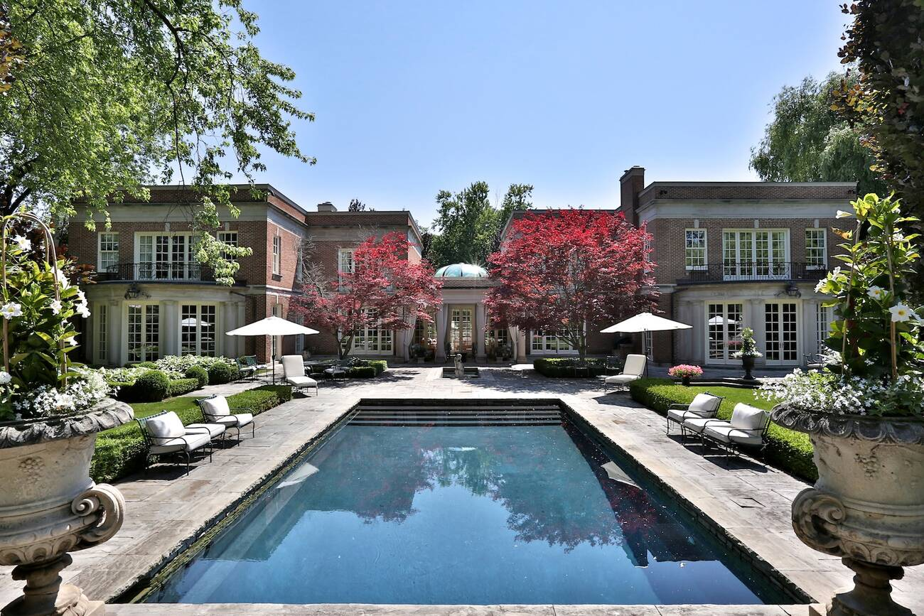 The 6 most expensive homes for sale in toronto right now for Most luxurious house
