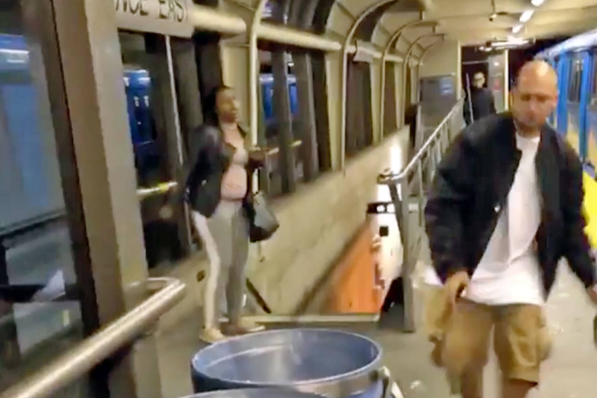 ttc subway fight