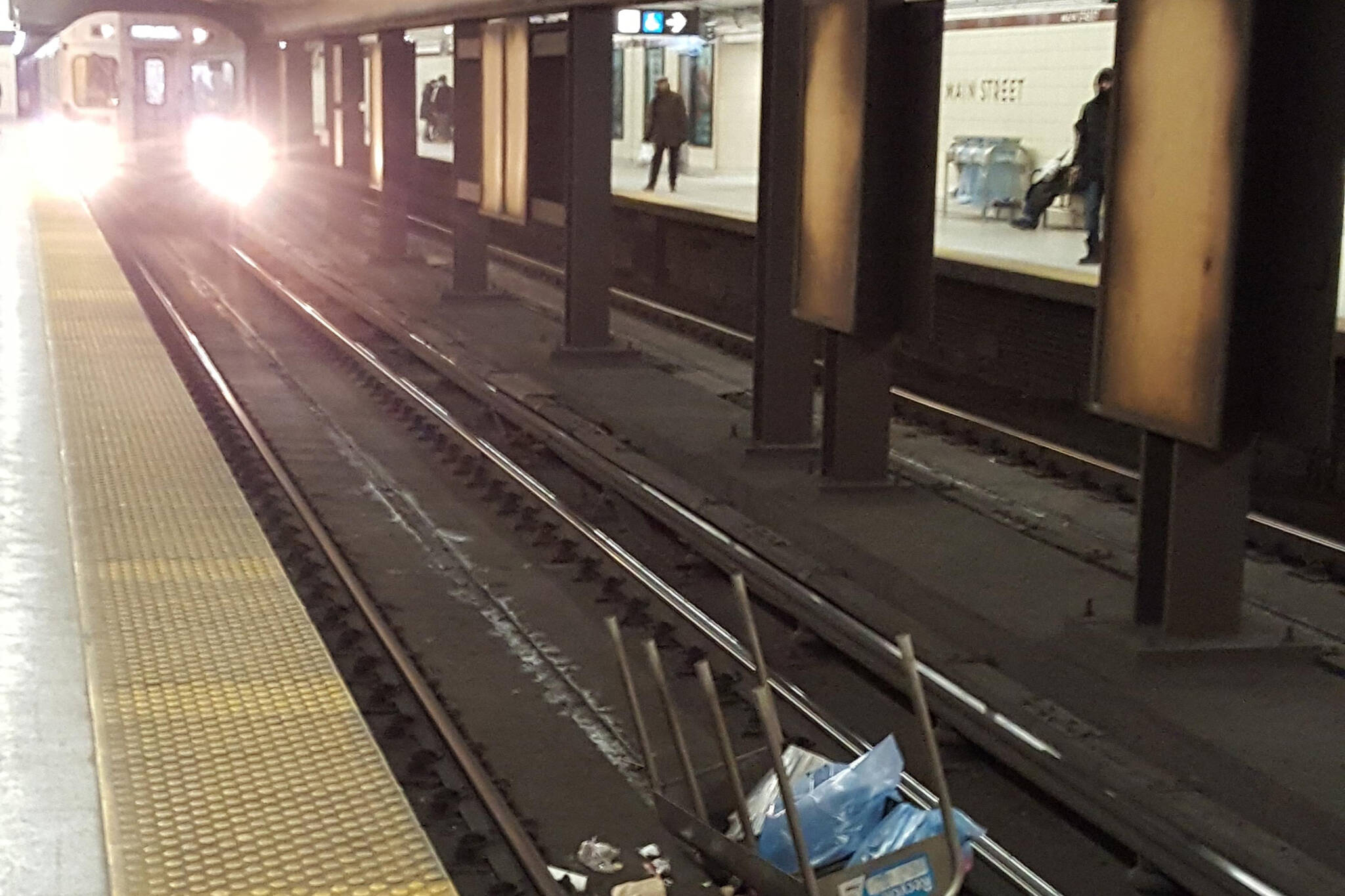 Toronto subway garbage