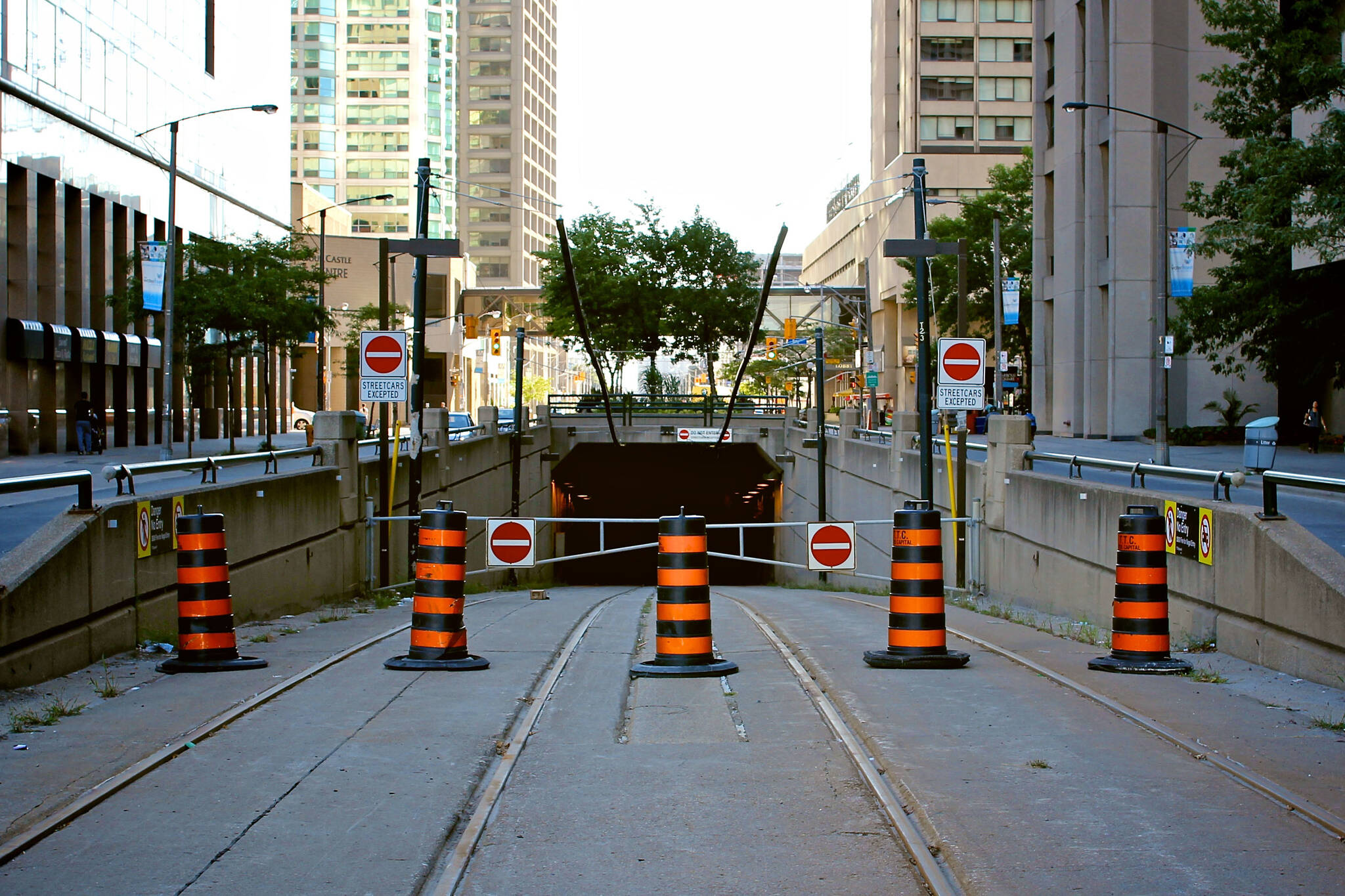 Queens Quay tunnel