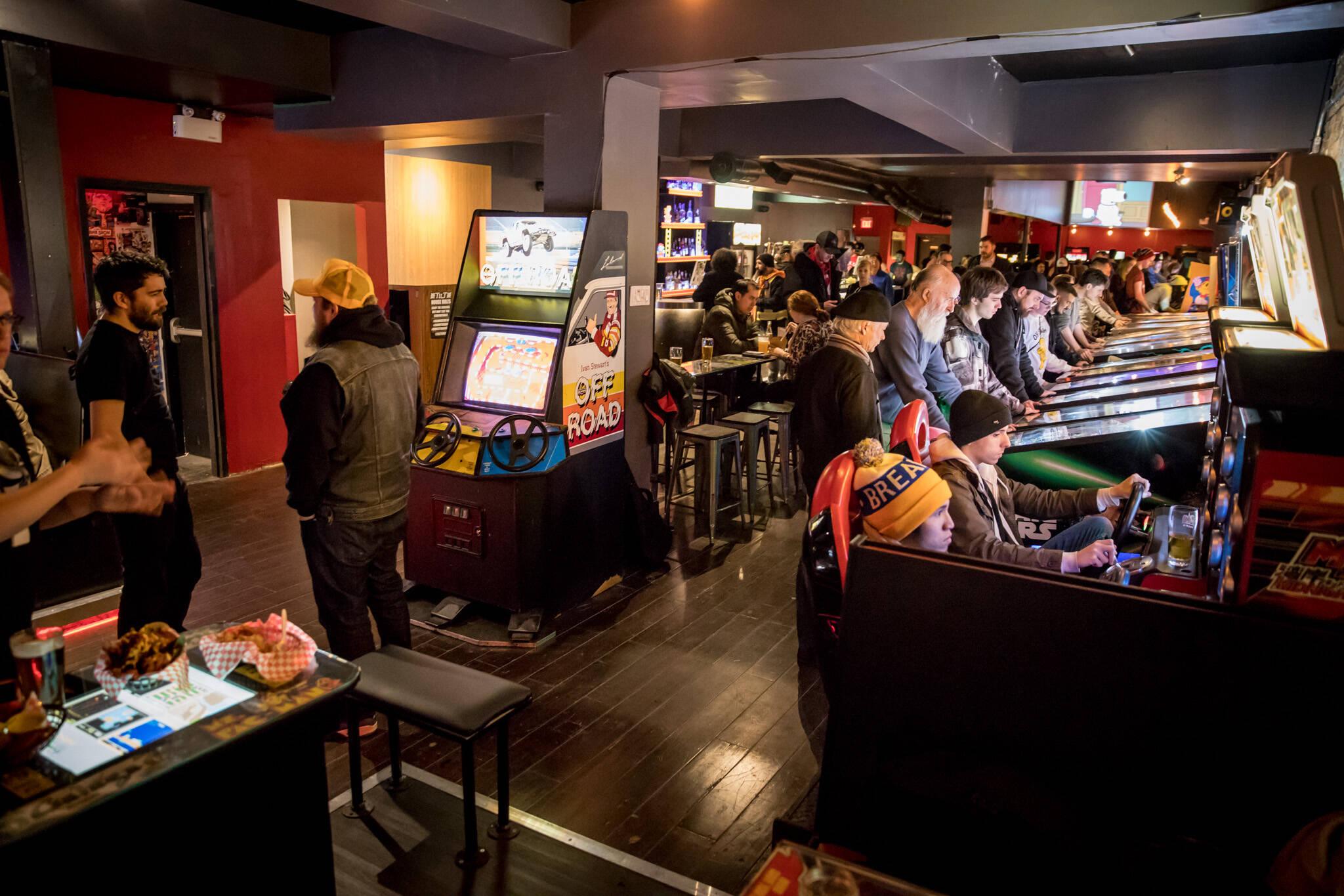 toronto bars arcade games