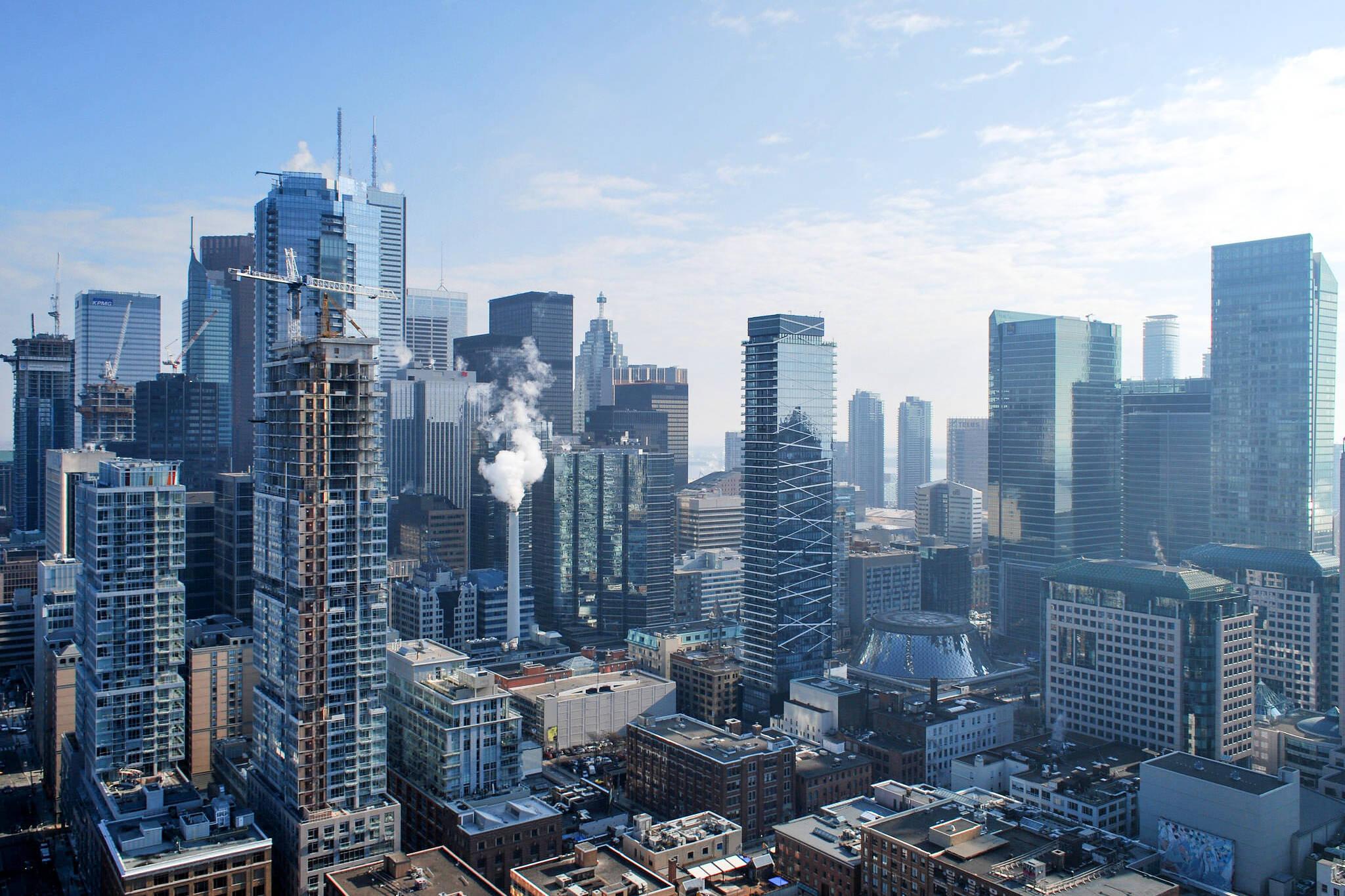 Toronto condo rents