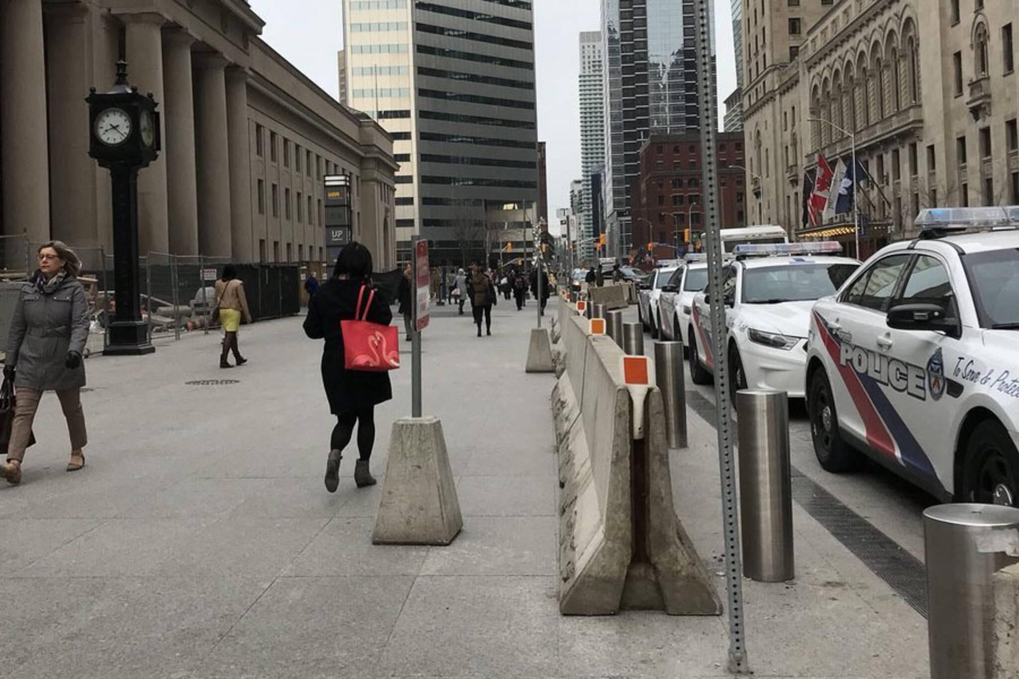 concrete barriers toronto