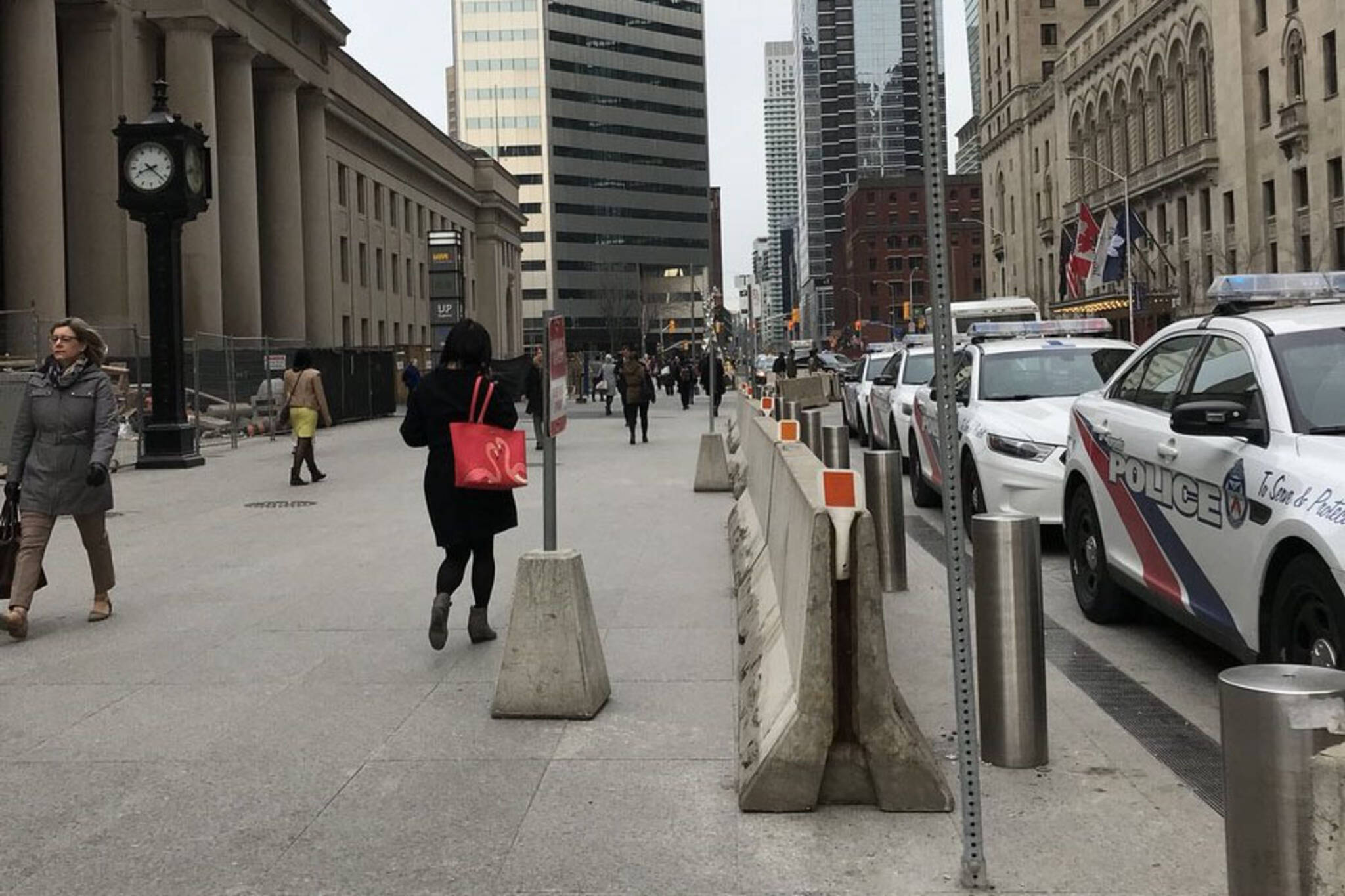 concrete barriers toronto