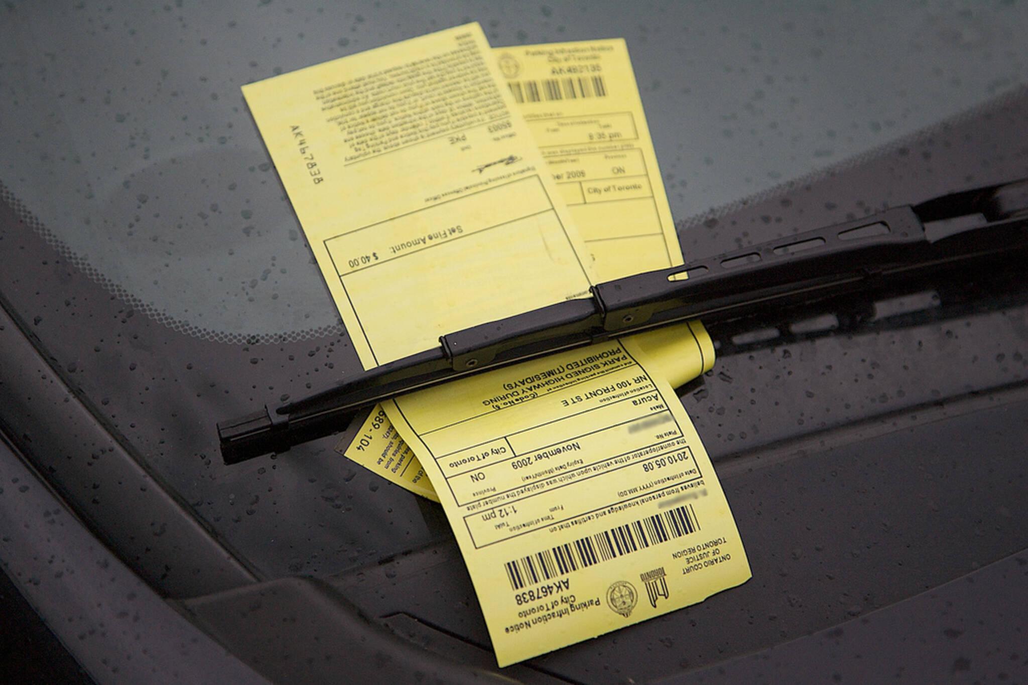 parking tickets toronto