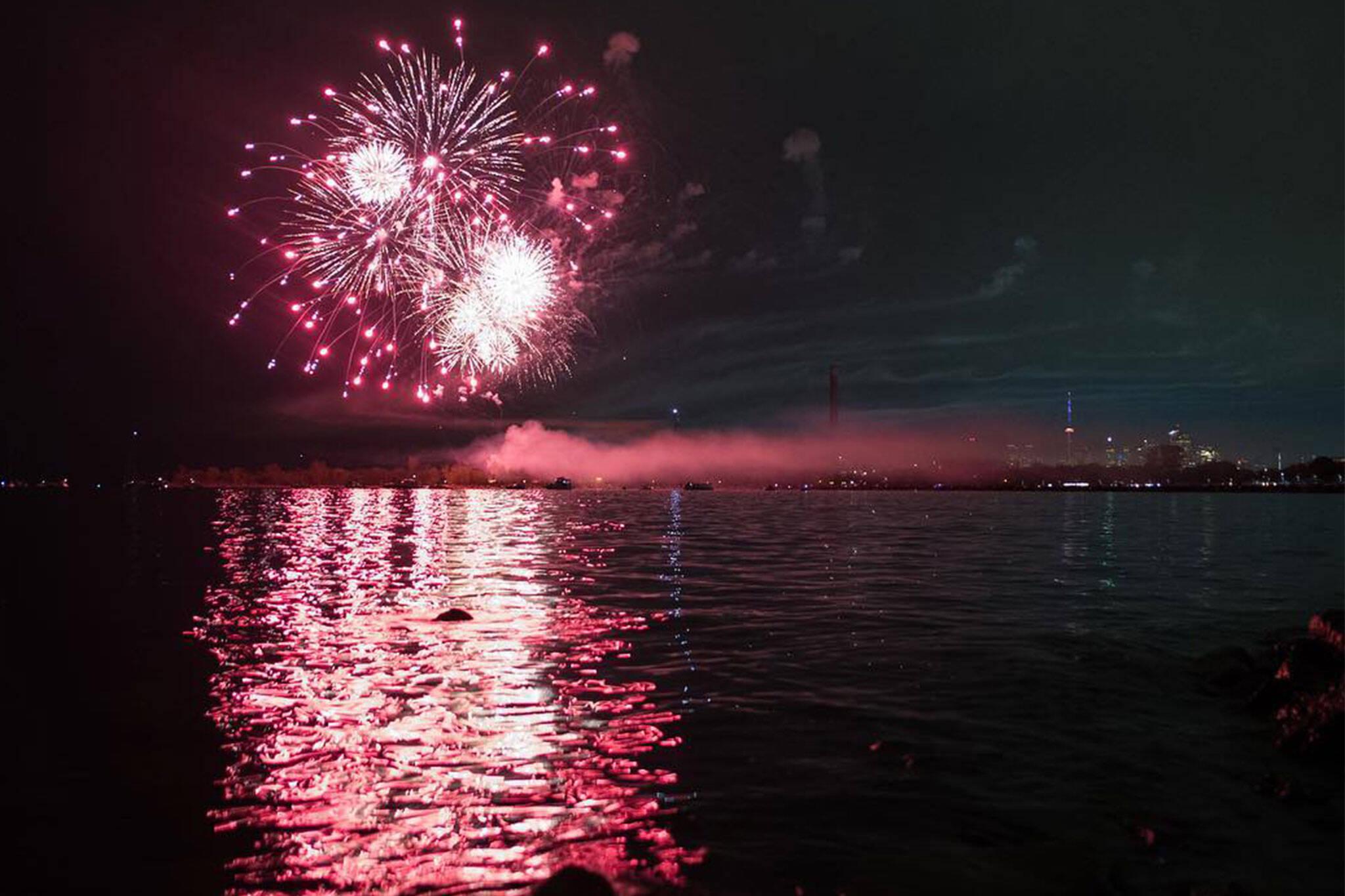 fireworks victoria day toronto