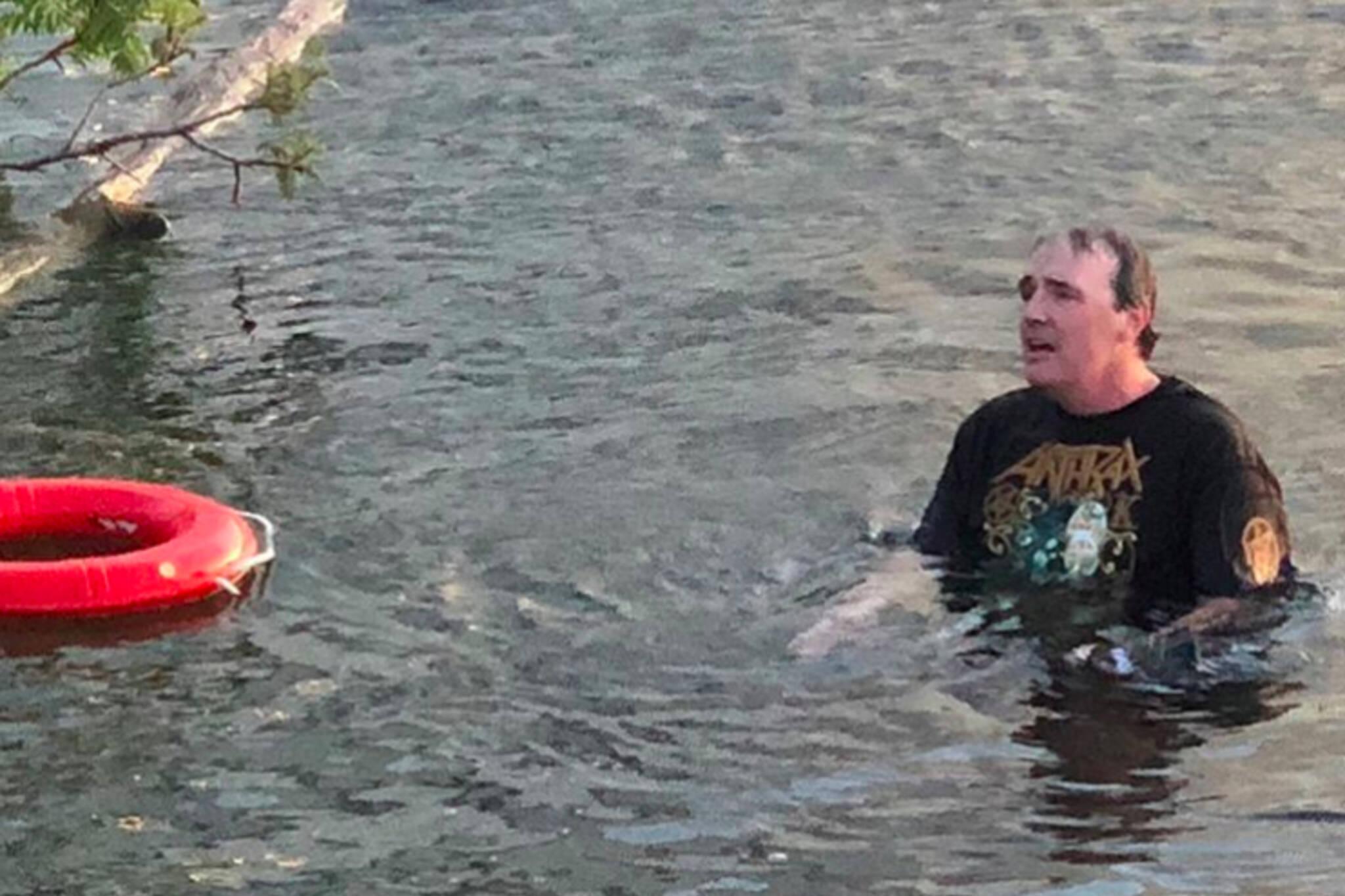 Slayer fan swims