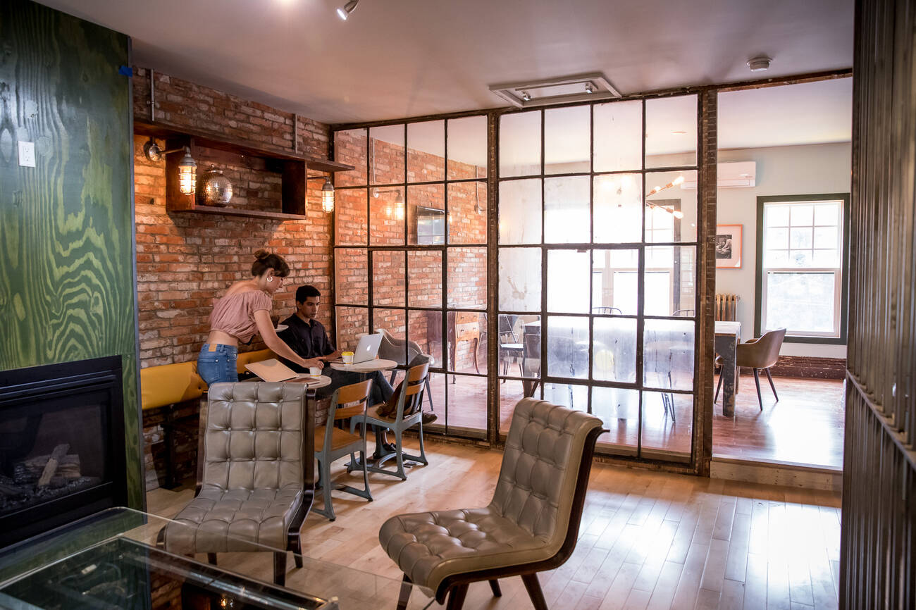 The Best Cafes For Free Wifi In Toronto