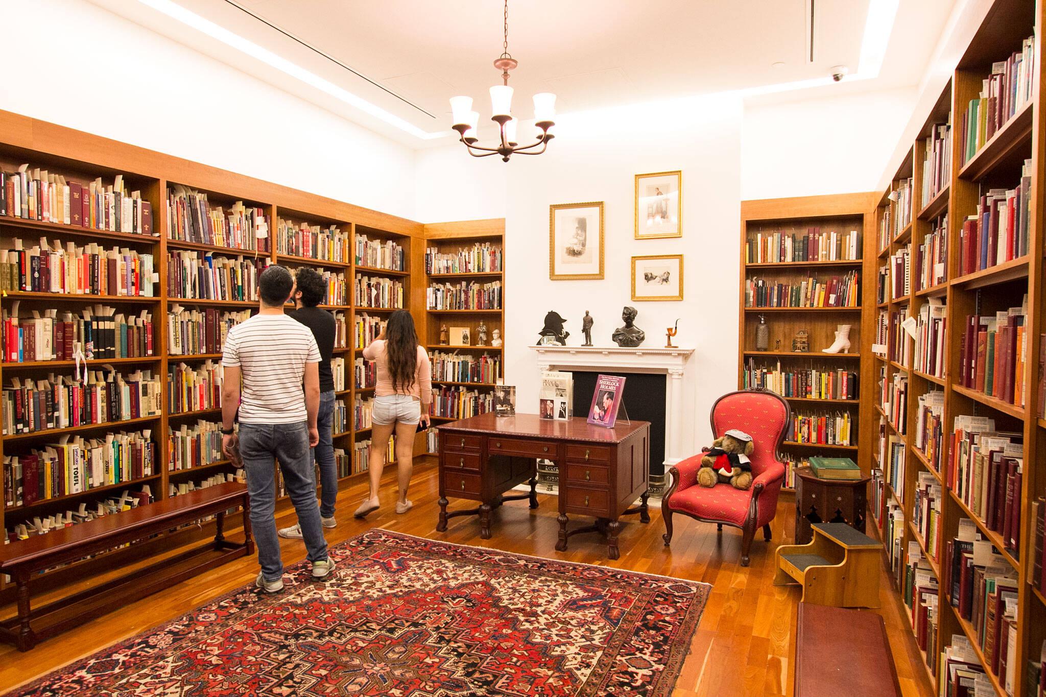 sherlock holmes room reference library toronto