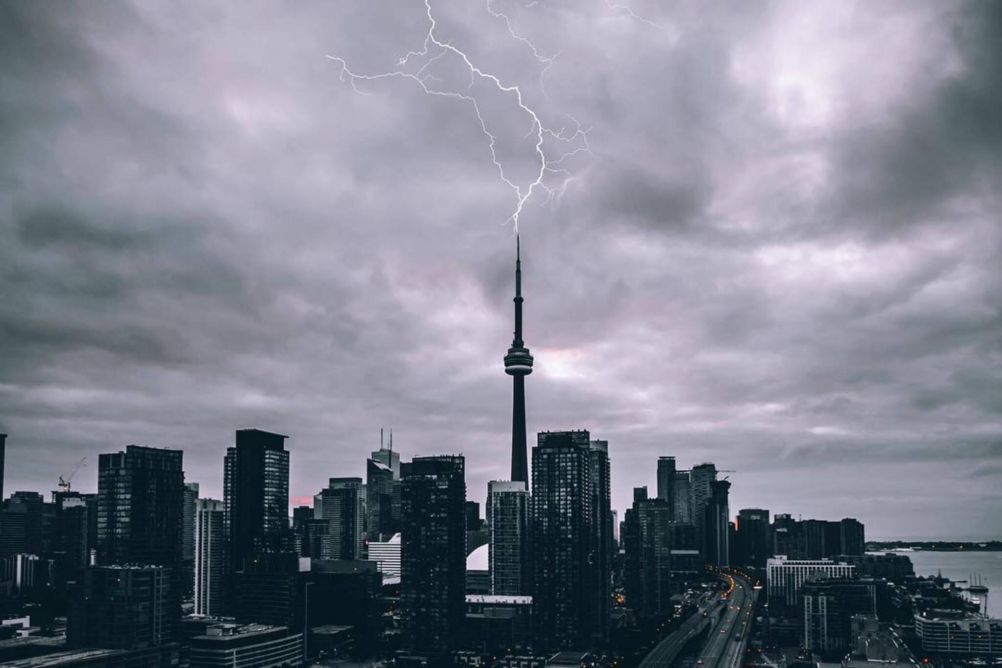 thunderstorm watch toronto
