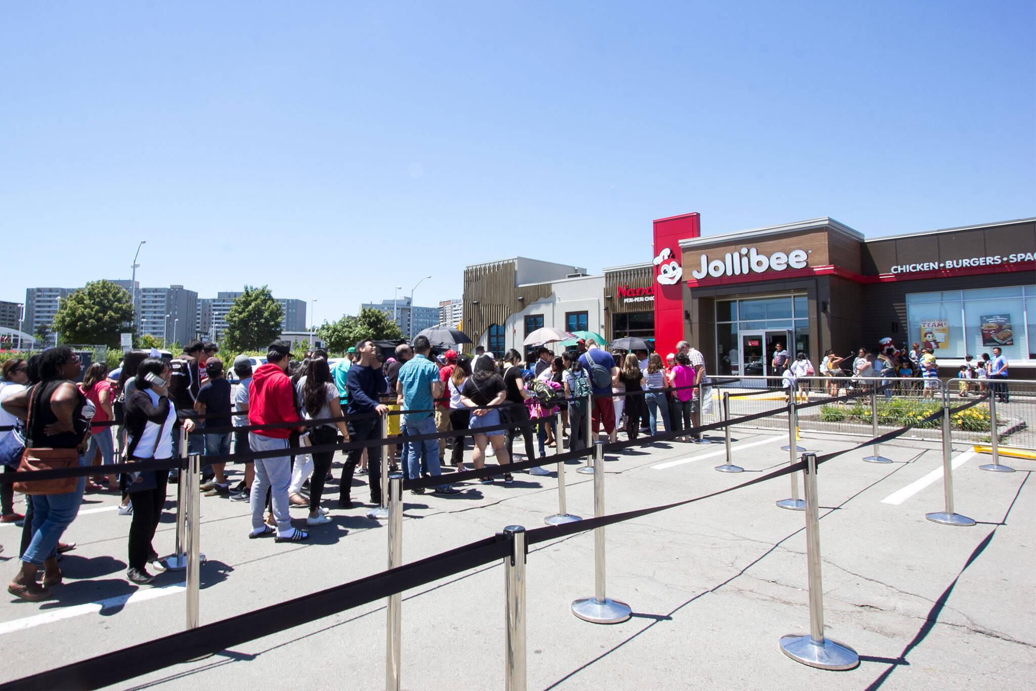 jollibee line lineup toronto