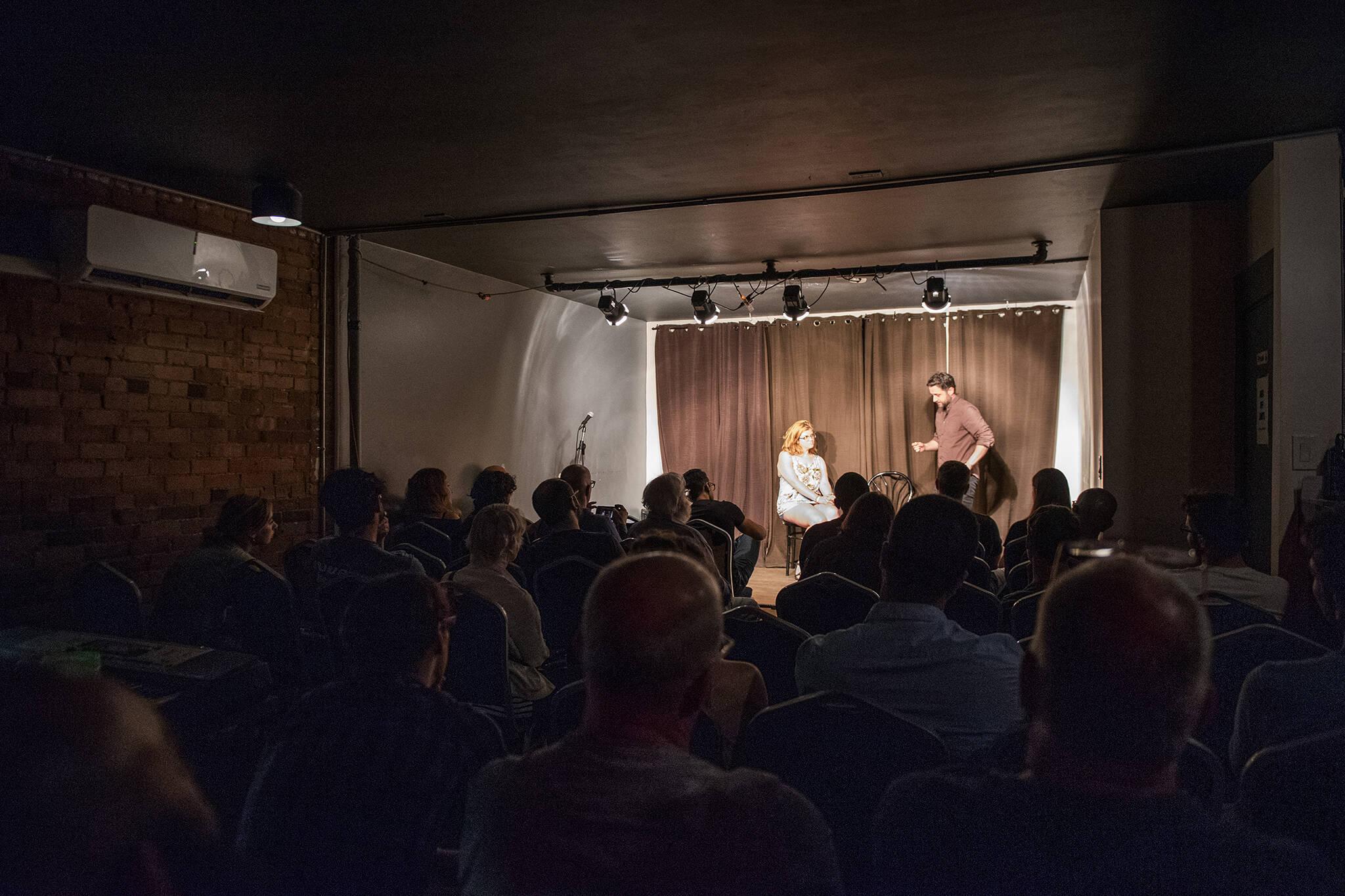 comedy clubs toronto