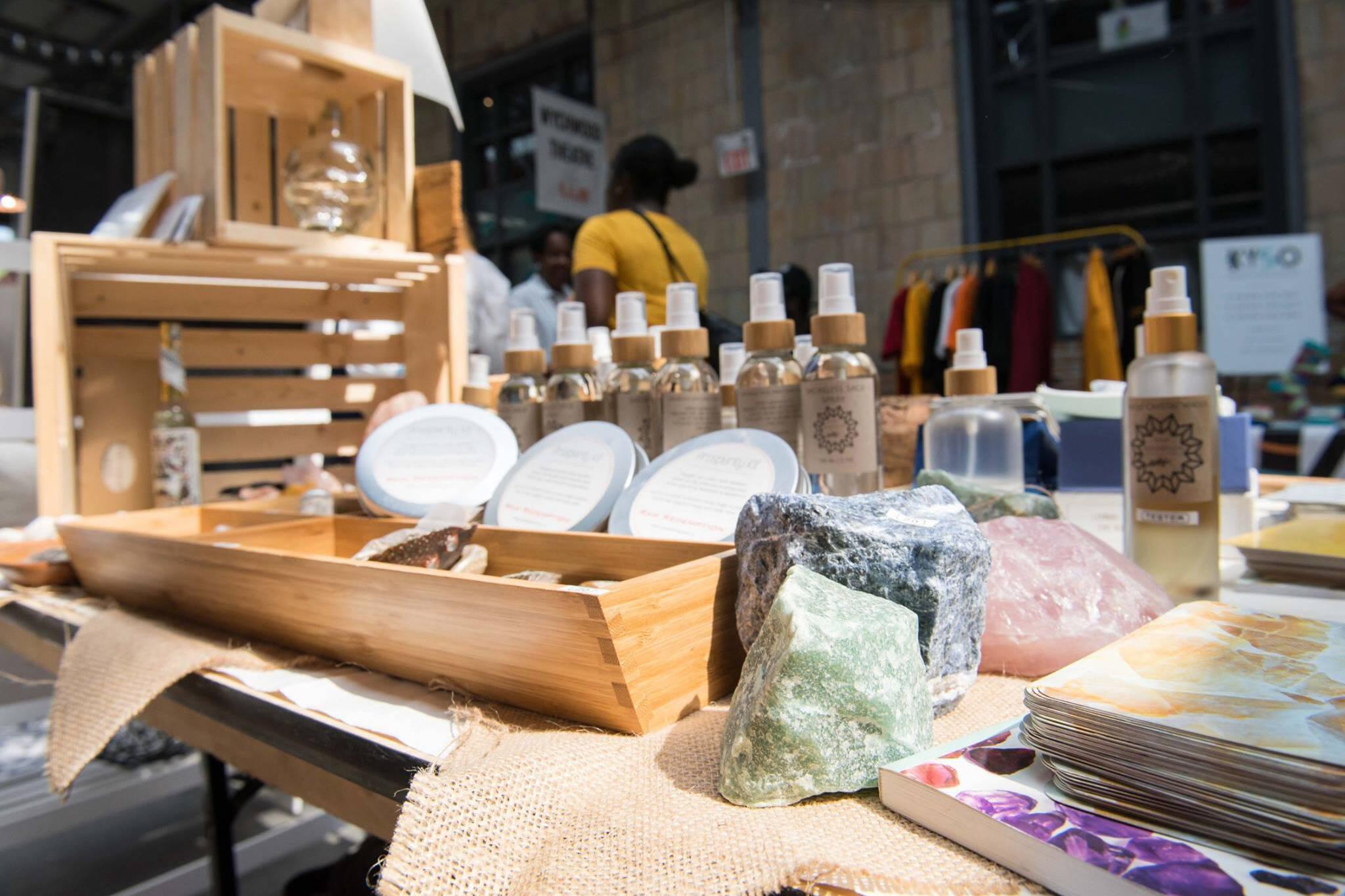 市场在12月猛涨多伦多