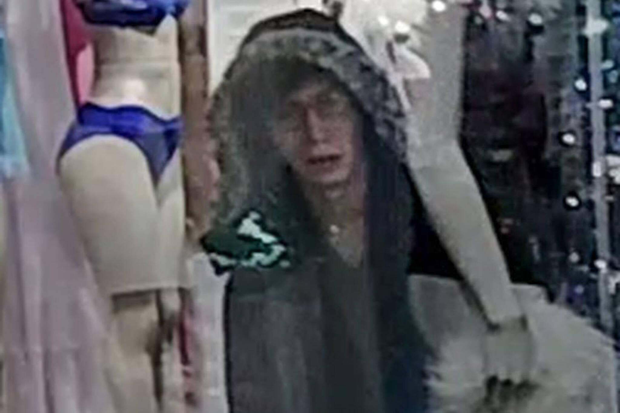 Toronto mannequin thief