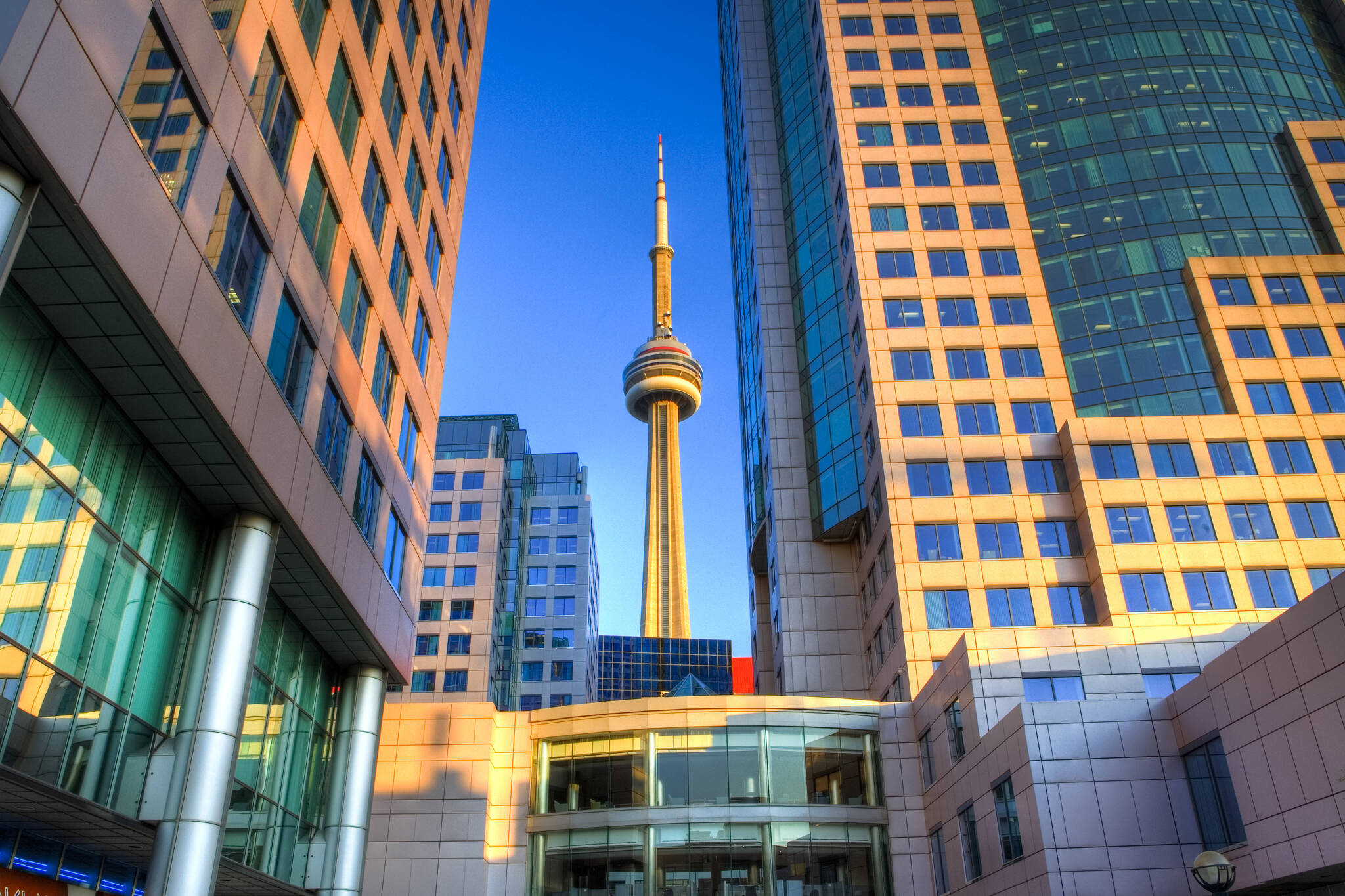 CN tower travel destination