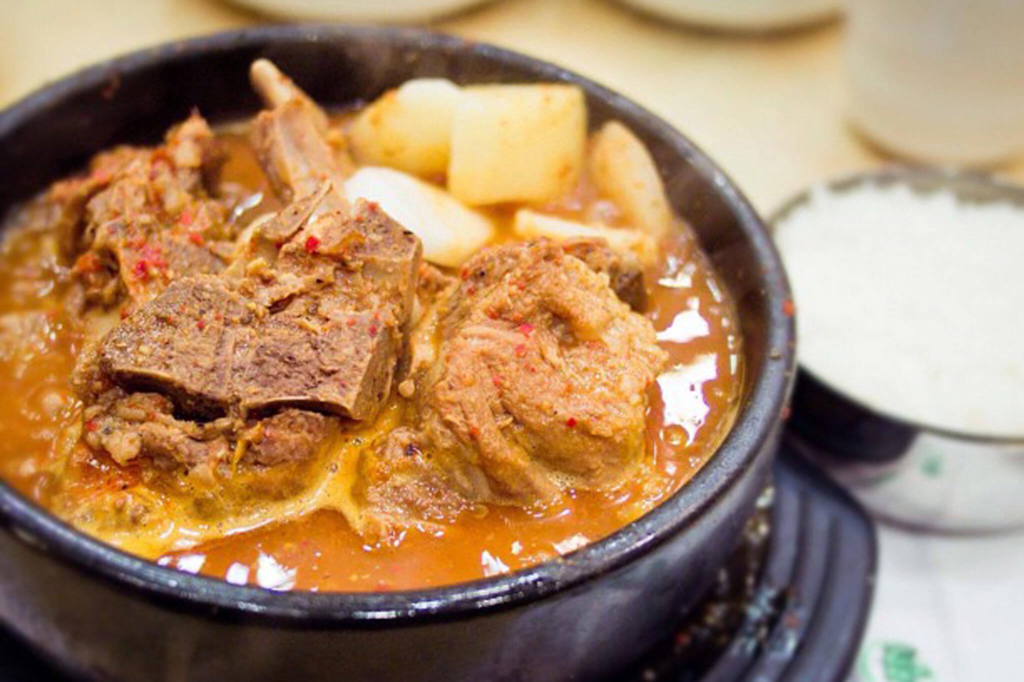 pork bone soup toronto