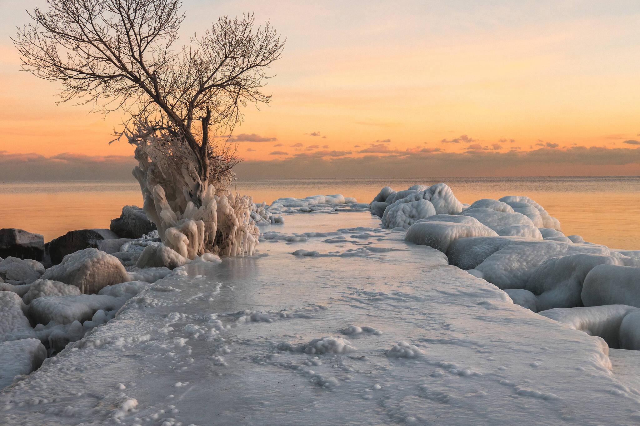Toronto waterfront ice