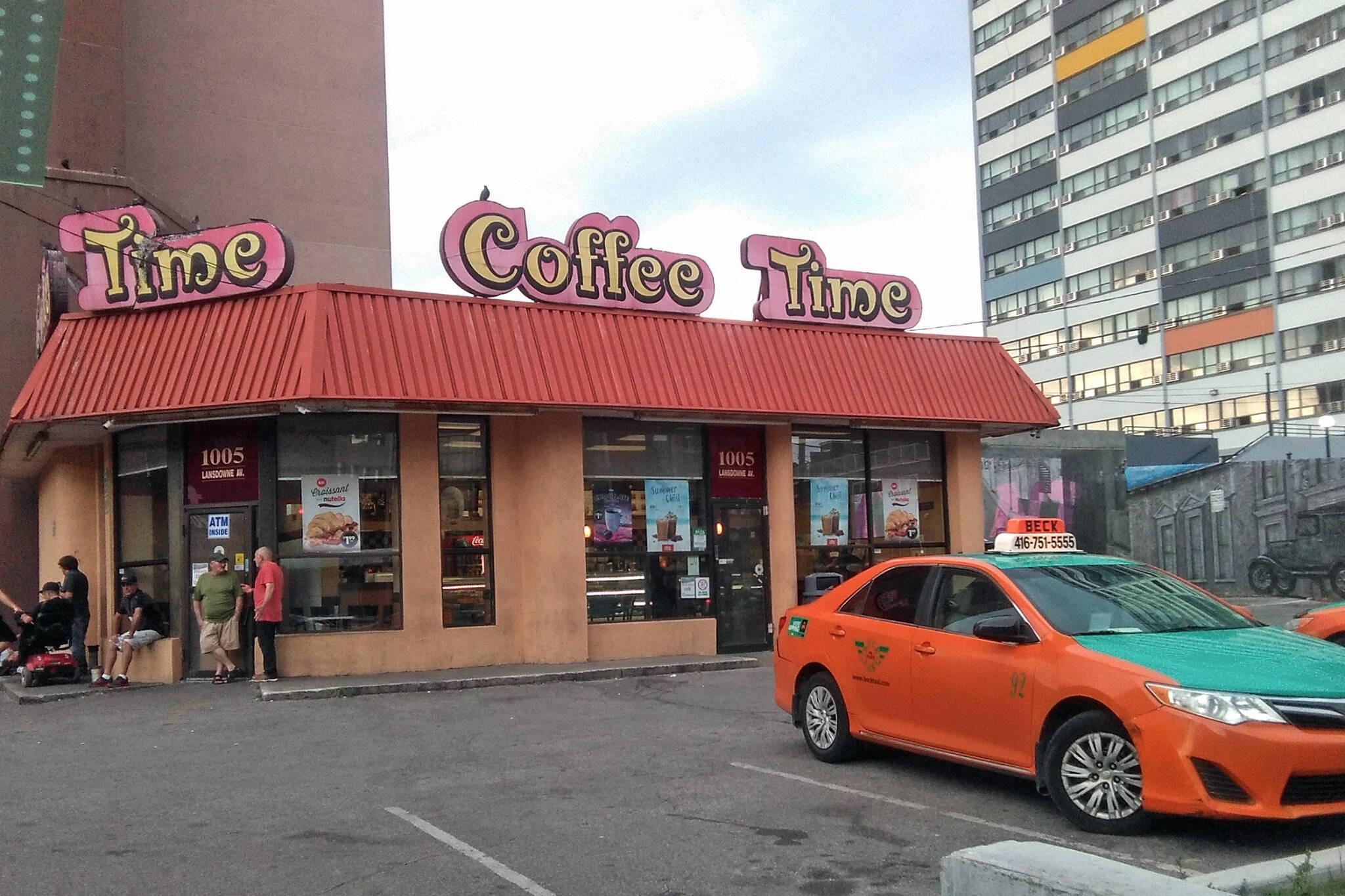 Dupont Lansdowne Coffee Time