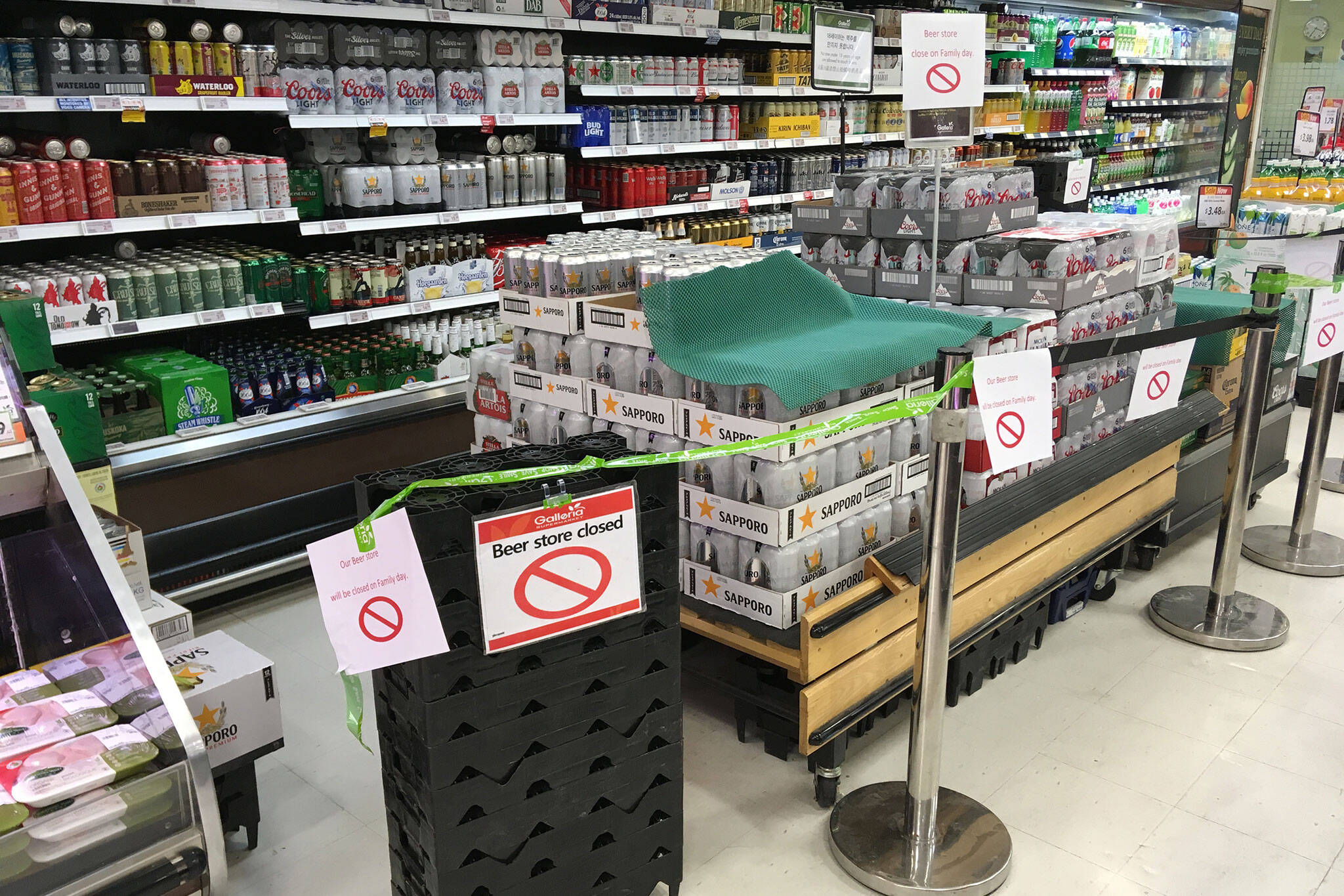 Toronto Grocery Stores Roped Off Their Beer On Family Day