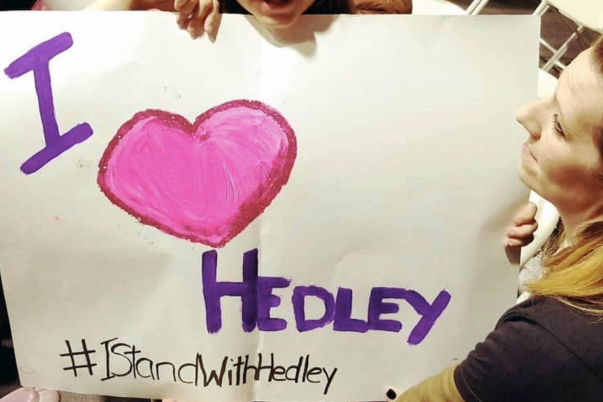 Hedley fans