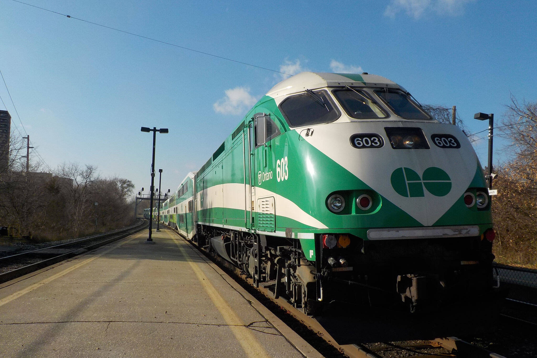 15,000 people just got stuck on GO Trains heading to Toronto