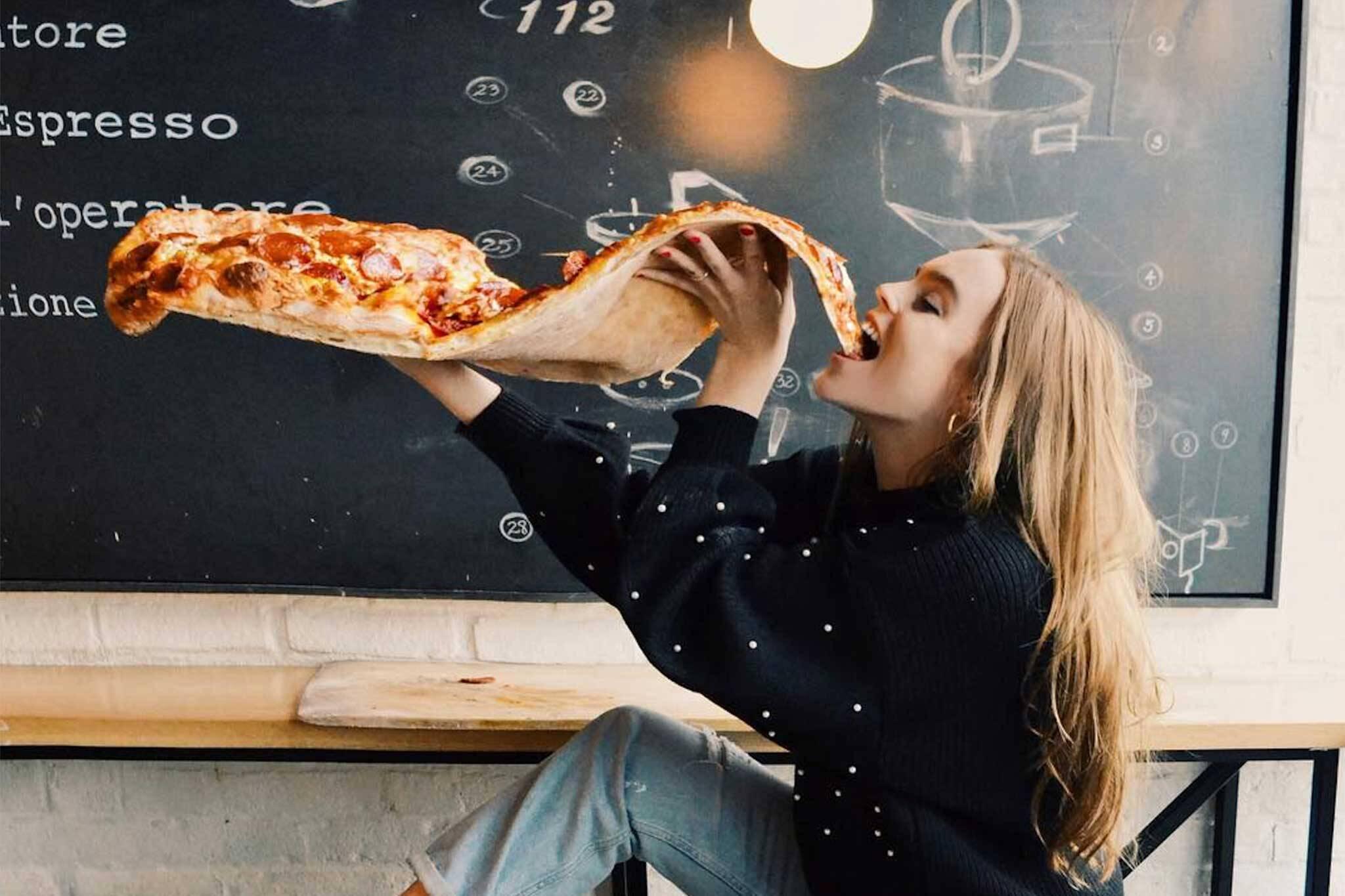 giant pizza toronto