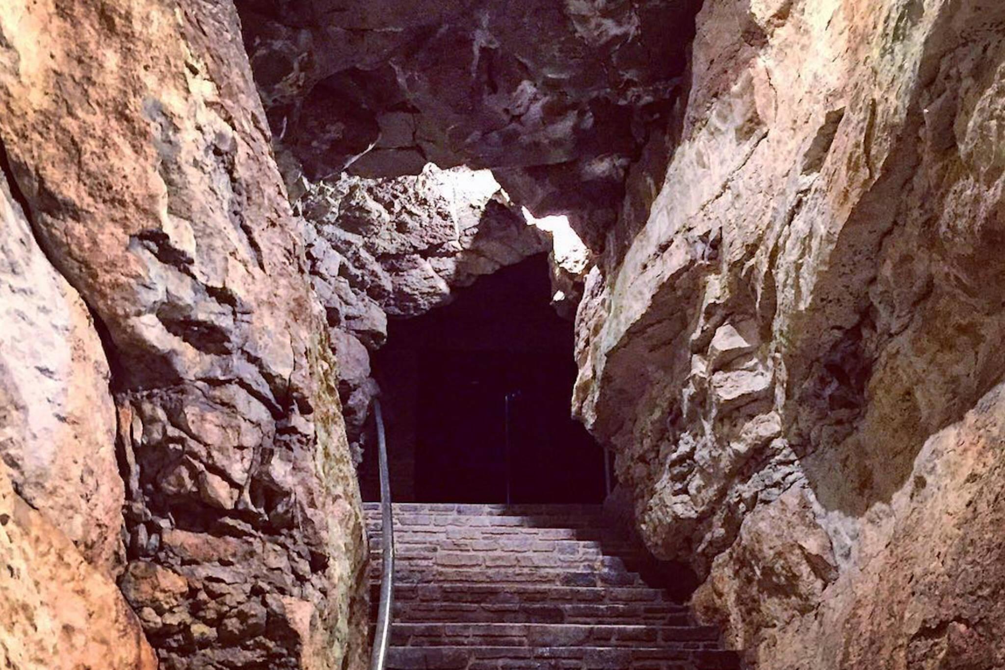 Tyendinaga Caves