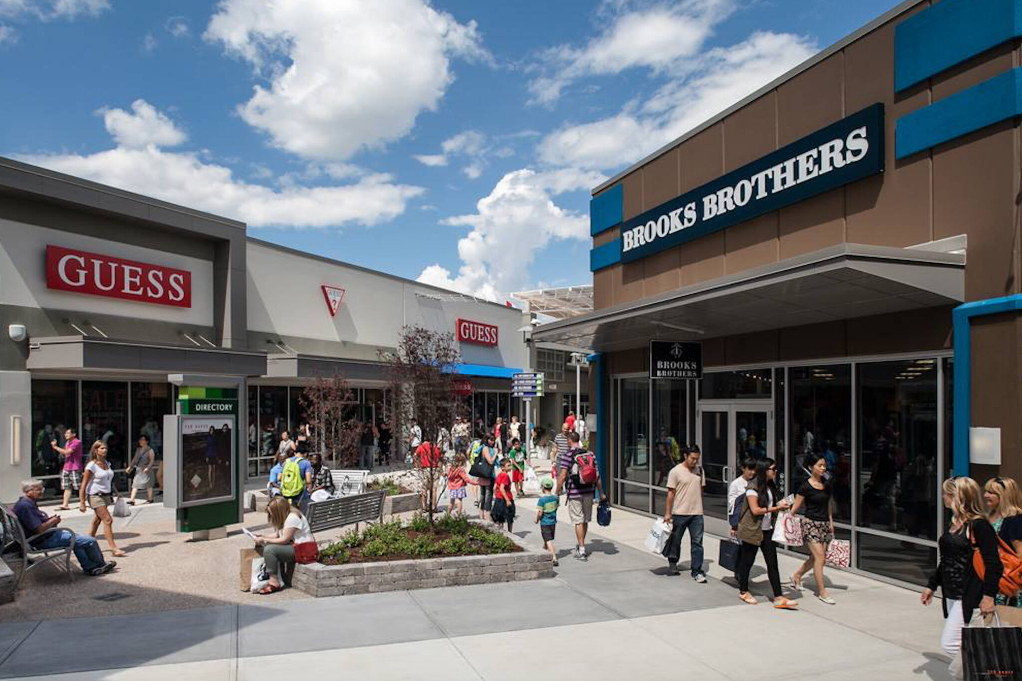 outlet malls toronto