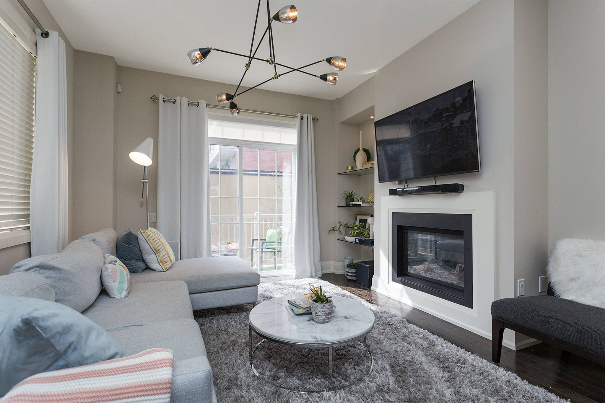 Sold! Toronto townhouse goes for $211K above asking on