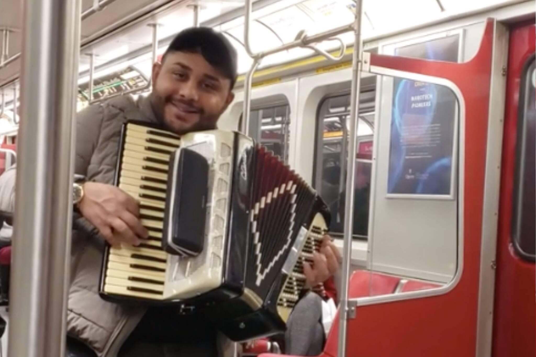 ttc subway accordion despacito