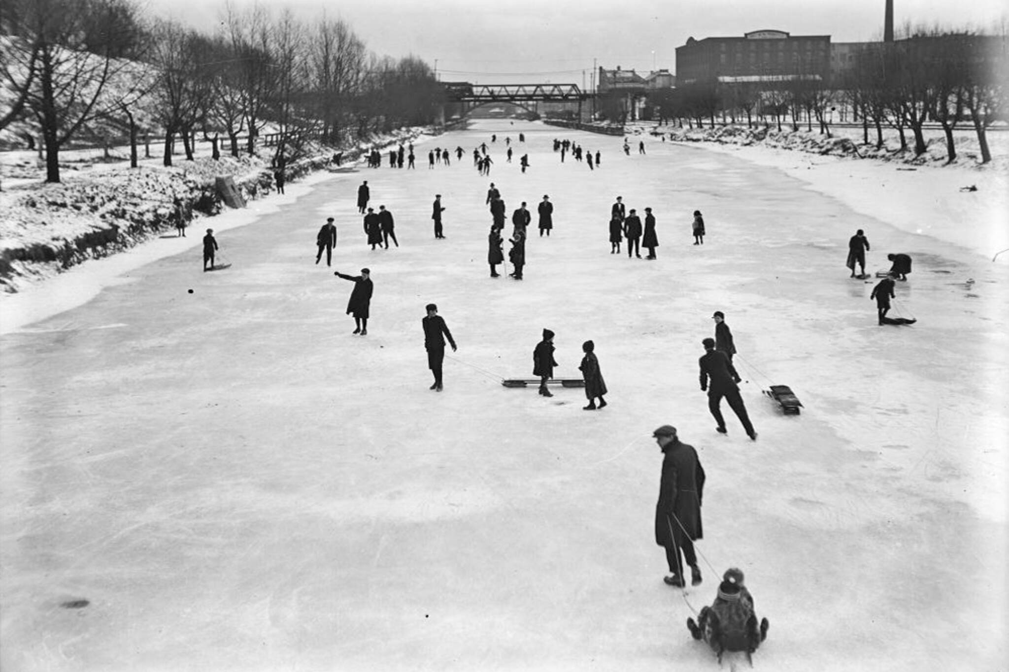 vintage photos winter toronto