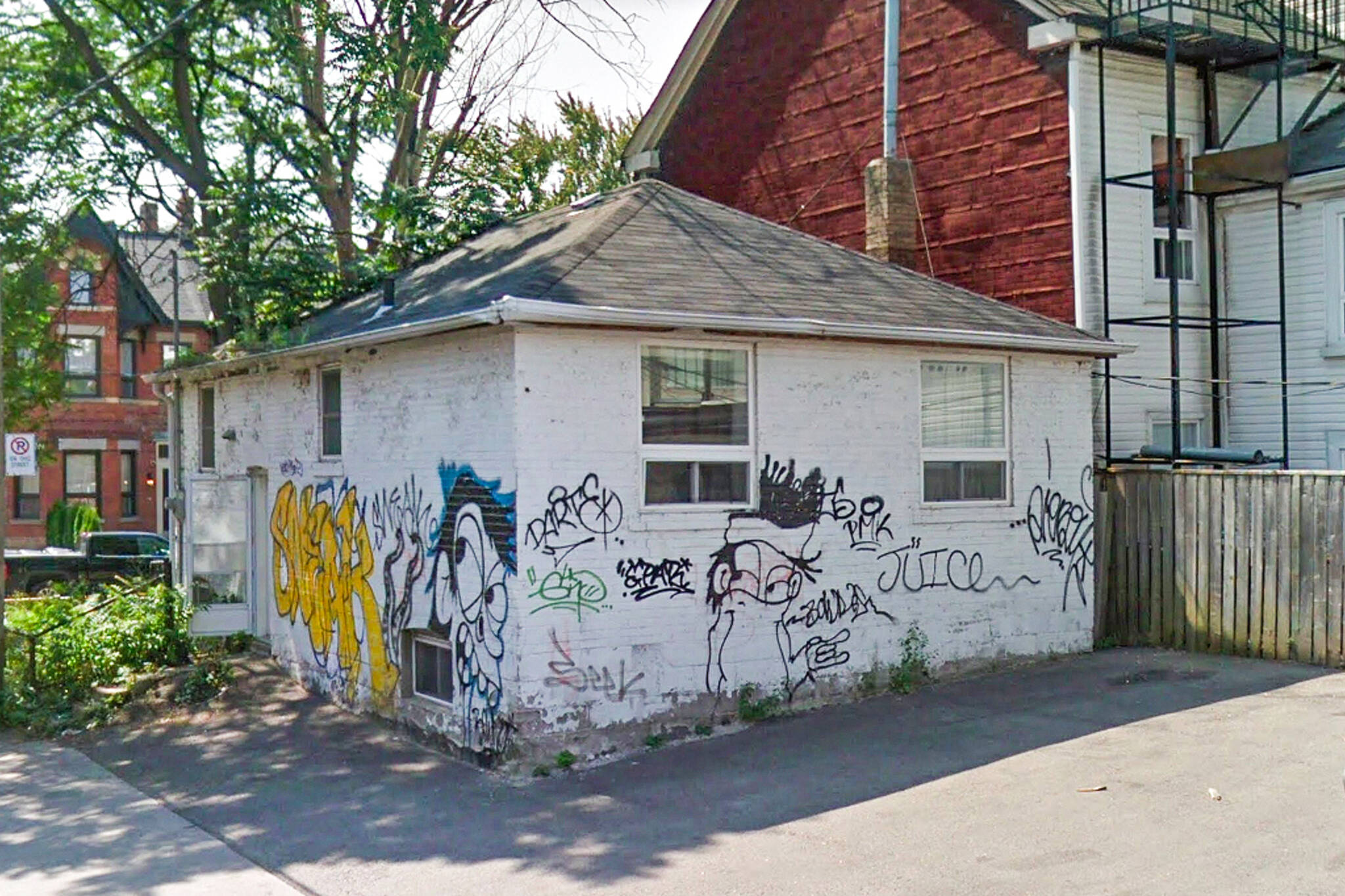 Tiny Toronto shack on sale for $29.29 million