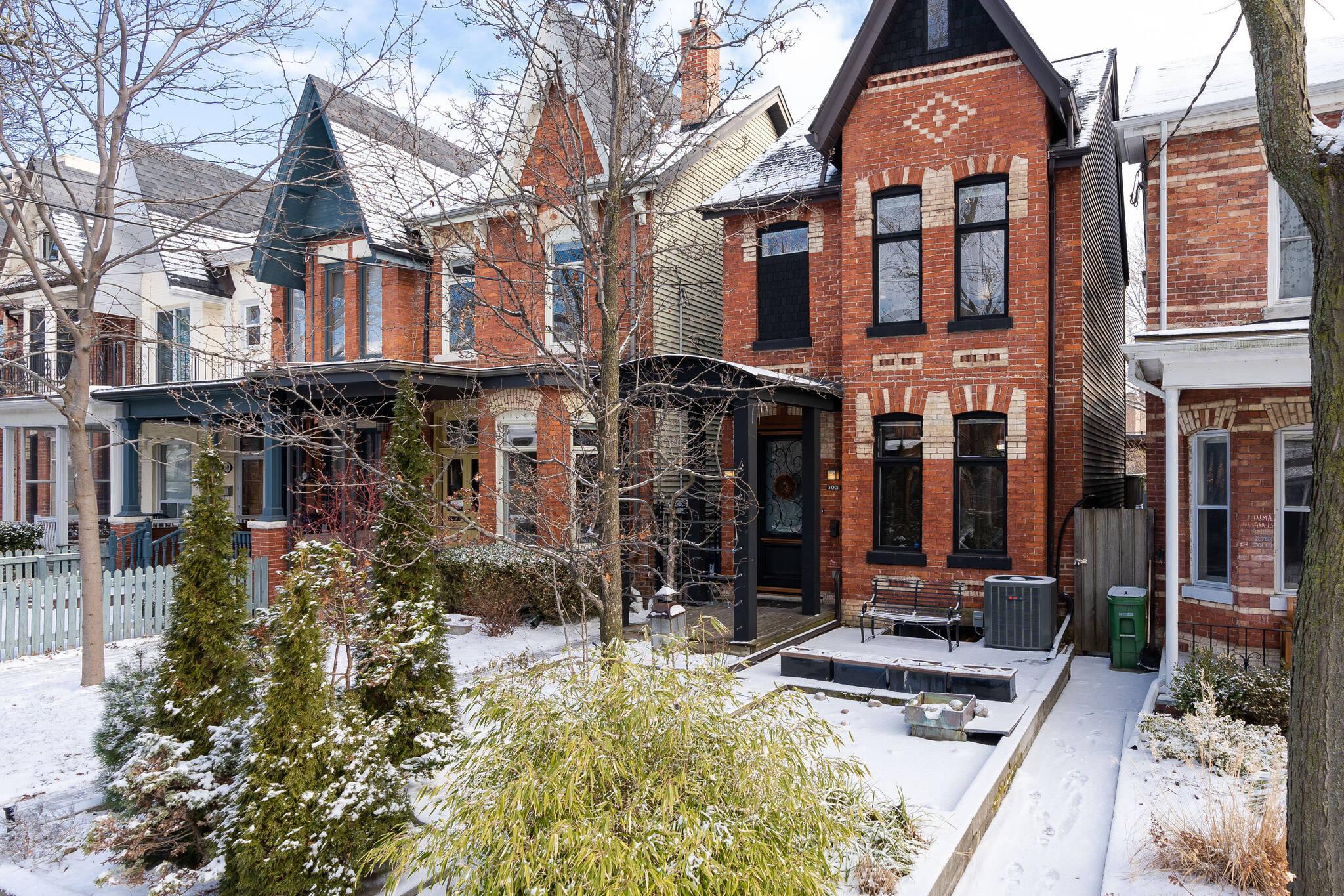 103 Robert Street Toronto