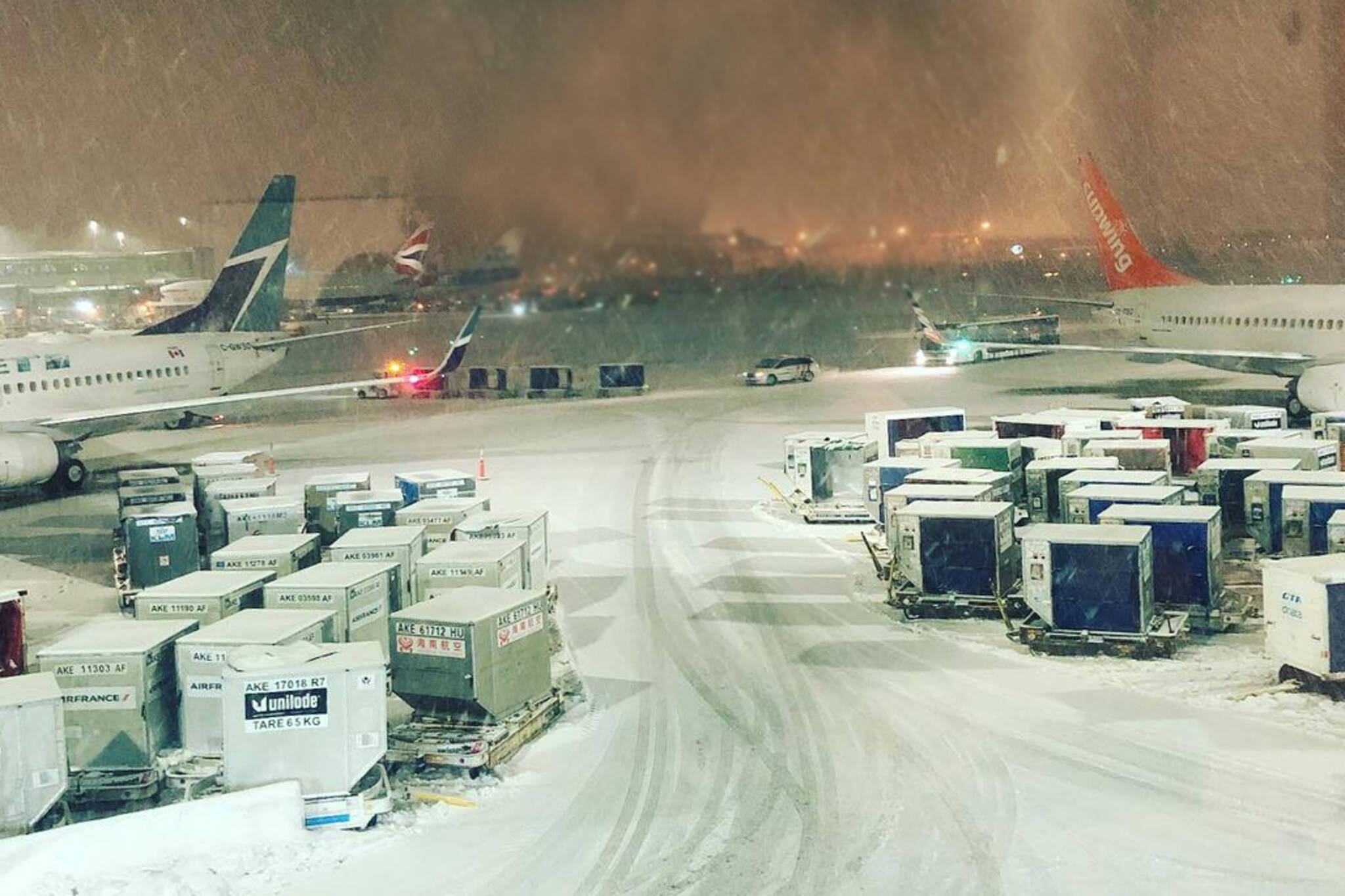 westjet flight stuck