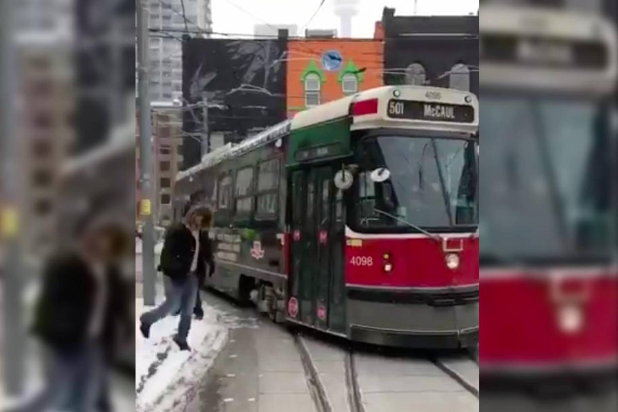 ttc streetcar blocked