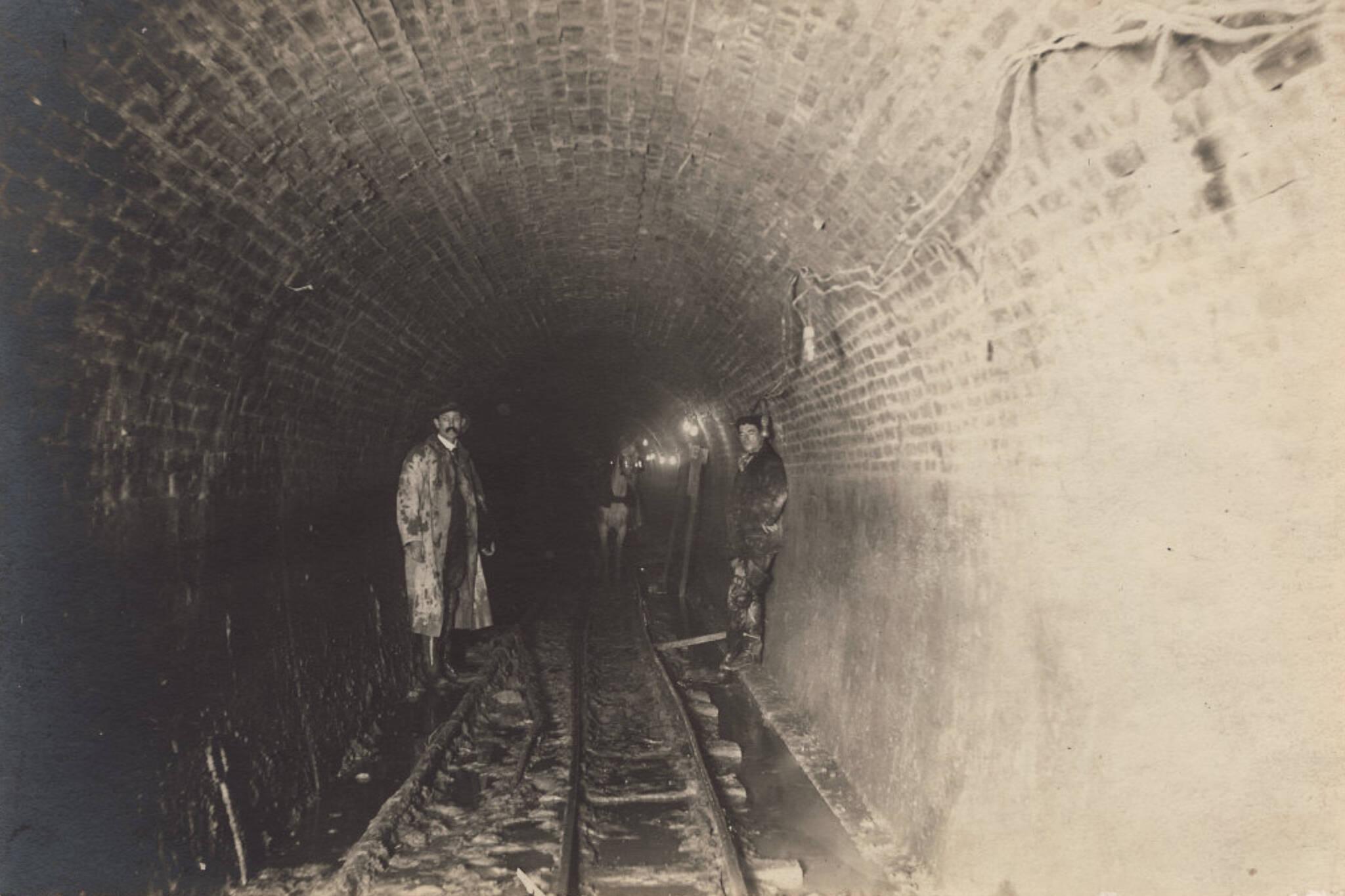 toronto island tunnel