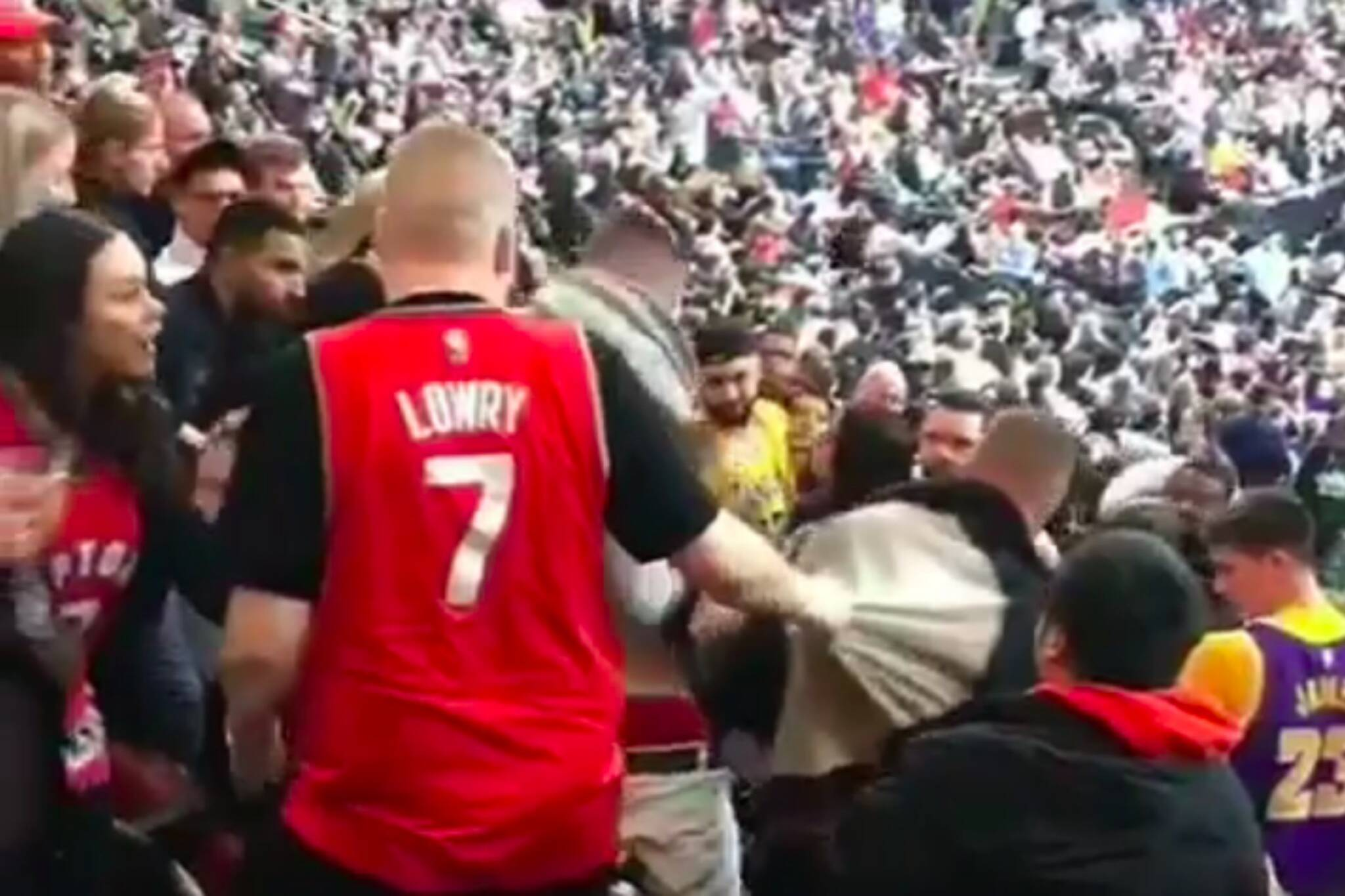 raptors game fight toronto